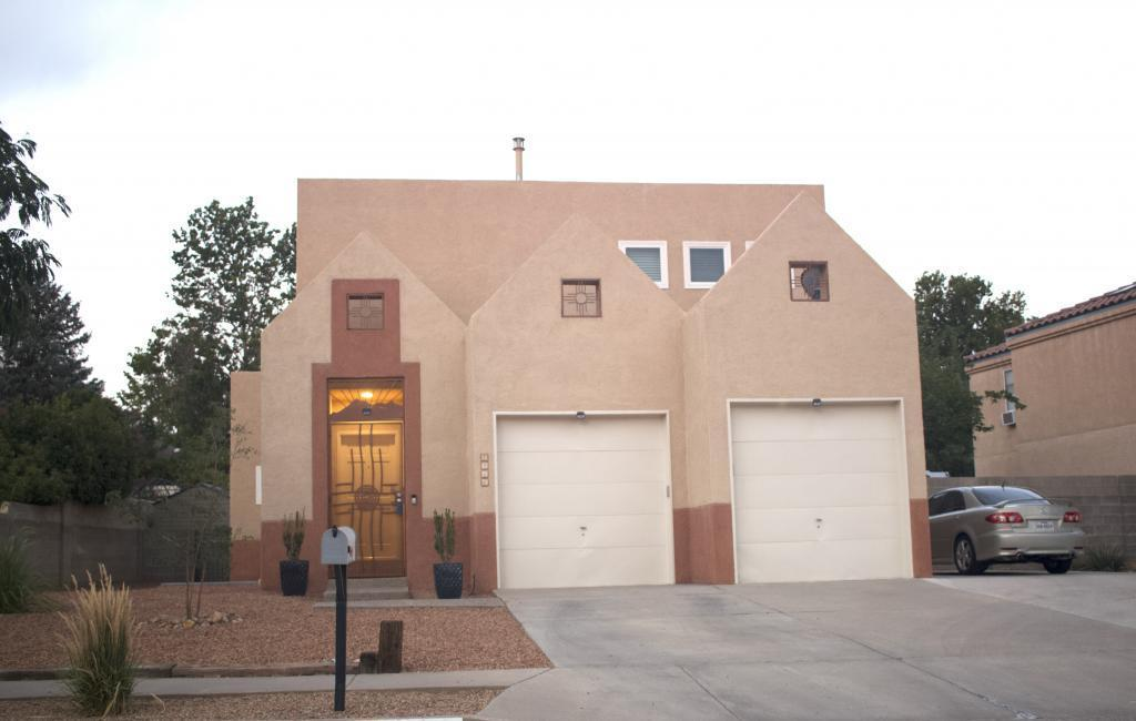 7216 Lew Wallace Drive NE Property Photo - Albuquerque, NM real estate listing