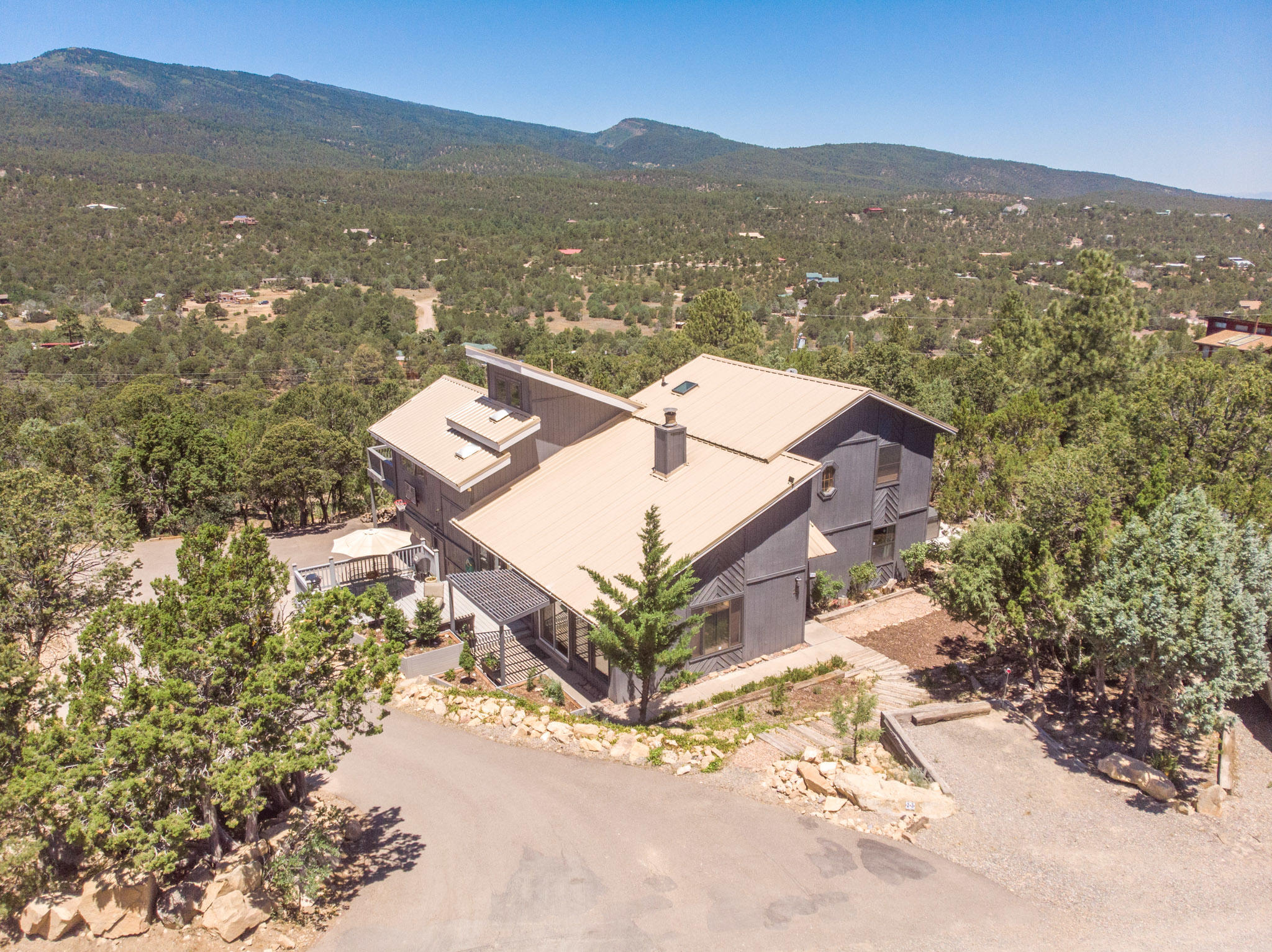 23 RIDGE Drive Property Photo - Cedar Crest, NM real estate listing