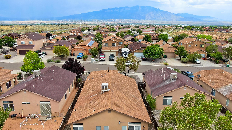 7009 Angela Drive NE Property Photo - Rio Rancho, NM real estate listing