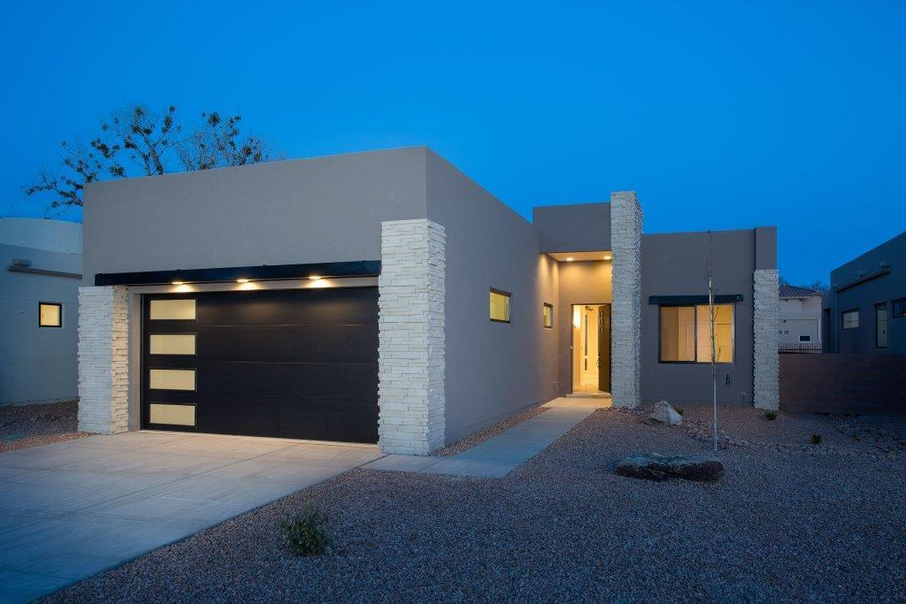 2724 PUERTA DEL BOSQUE Lane NW Property Photo - Albuquerque, NM real estate listing