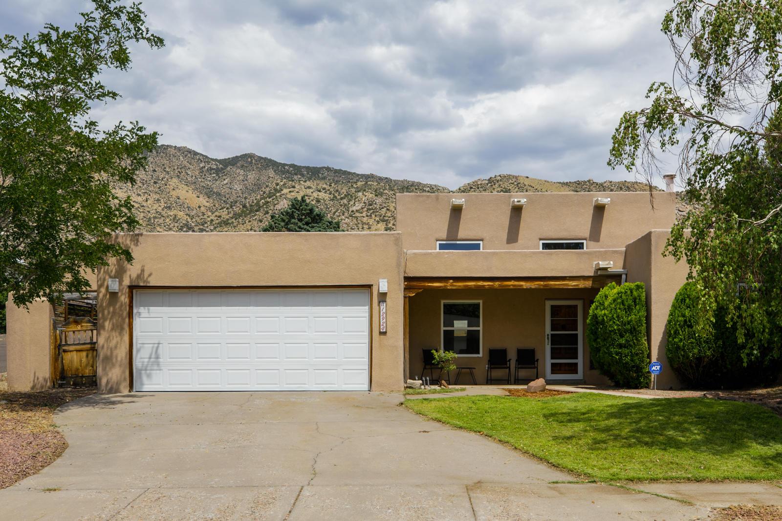 12924 PUNTA DE VISTA Place NE Property Photo - Albuquerque, NM real estate listing