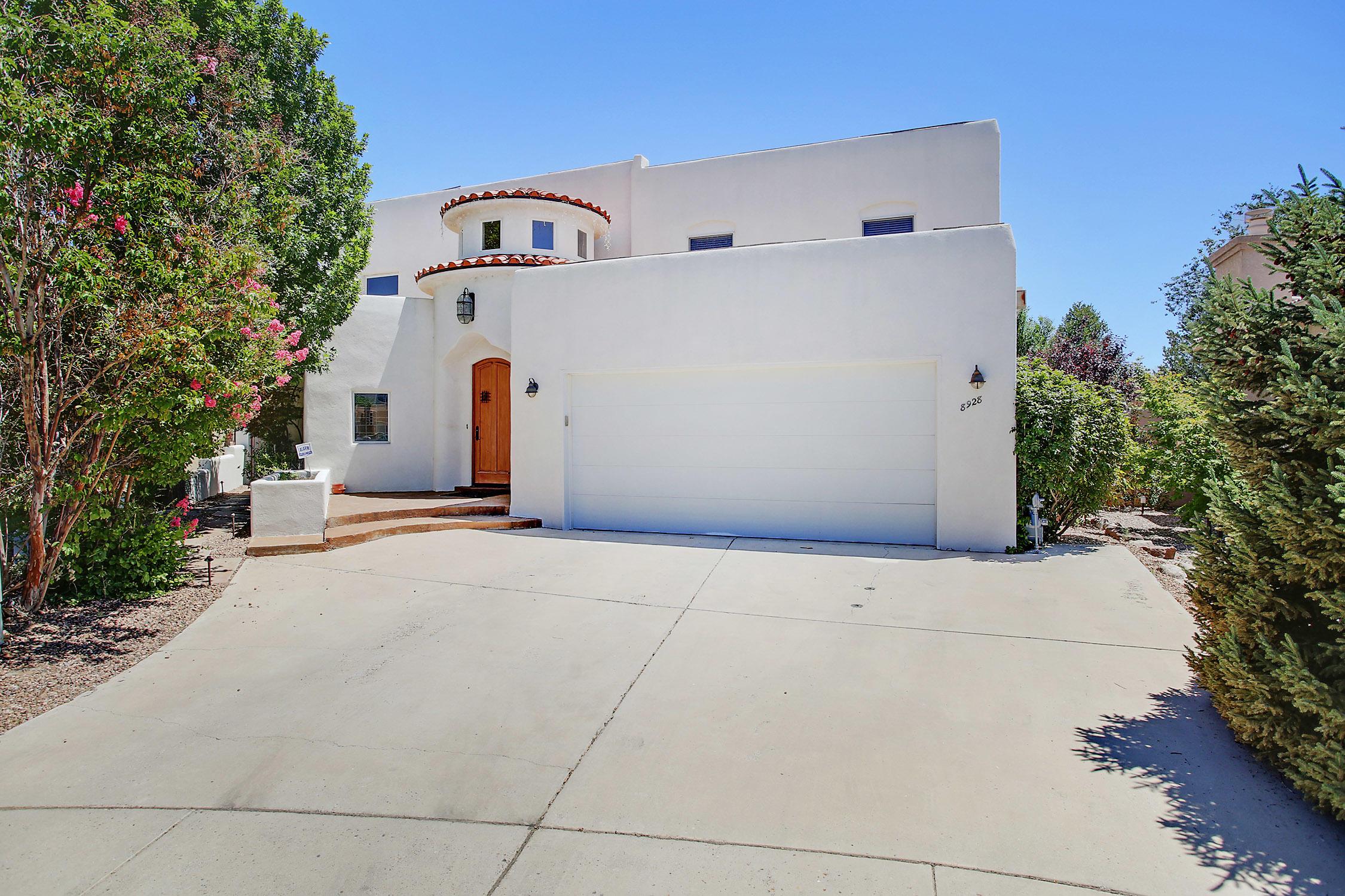 8928 Robs Place NE Property Photo - Albuquerque, NM real estate listing