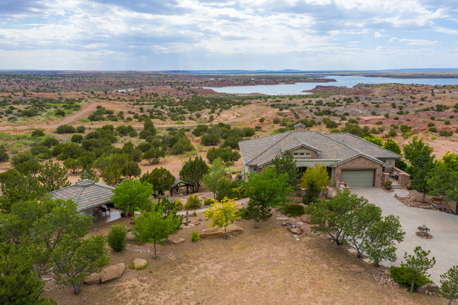 7353 COVE Road Property Photo - Tucumcari, NM real estate listing