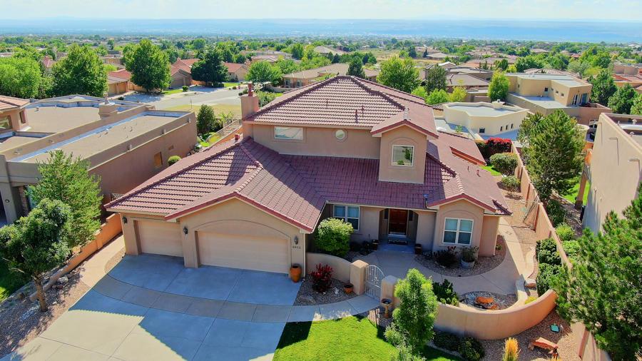 8805 GYPSY Drive NE Property Photo - Albuquerque, NM real estate listing