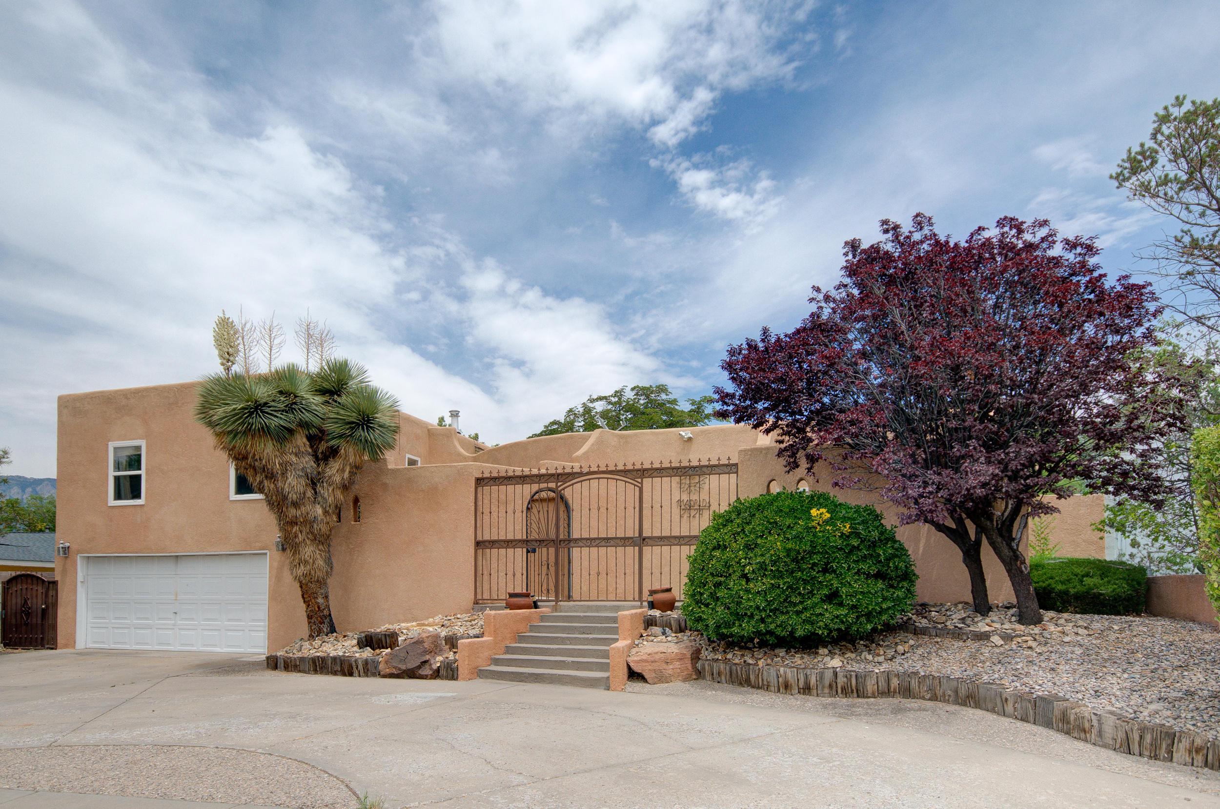 2524 GEORGENE Drive NE Property Photo - Albuquerque, NM real estate listing