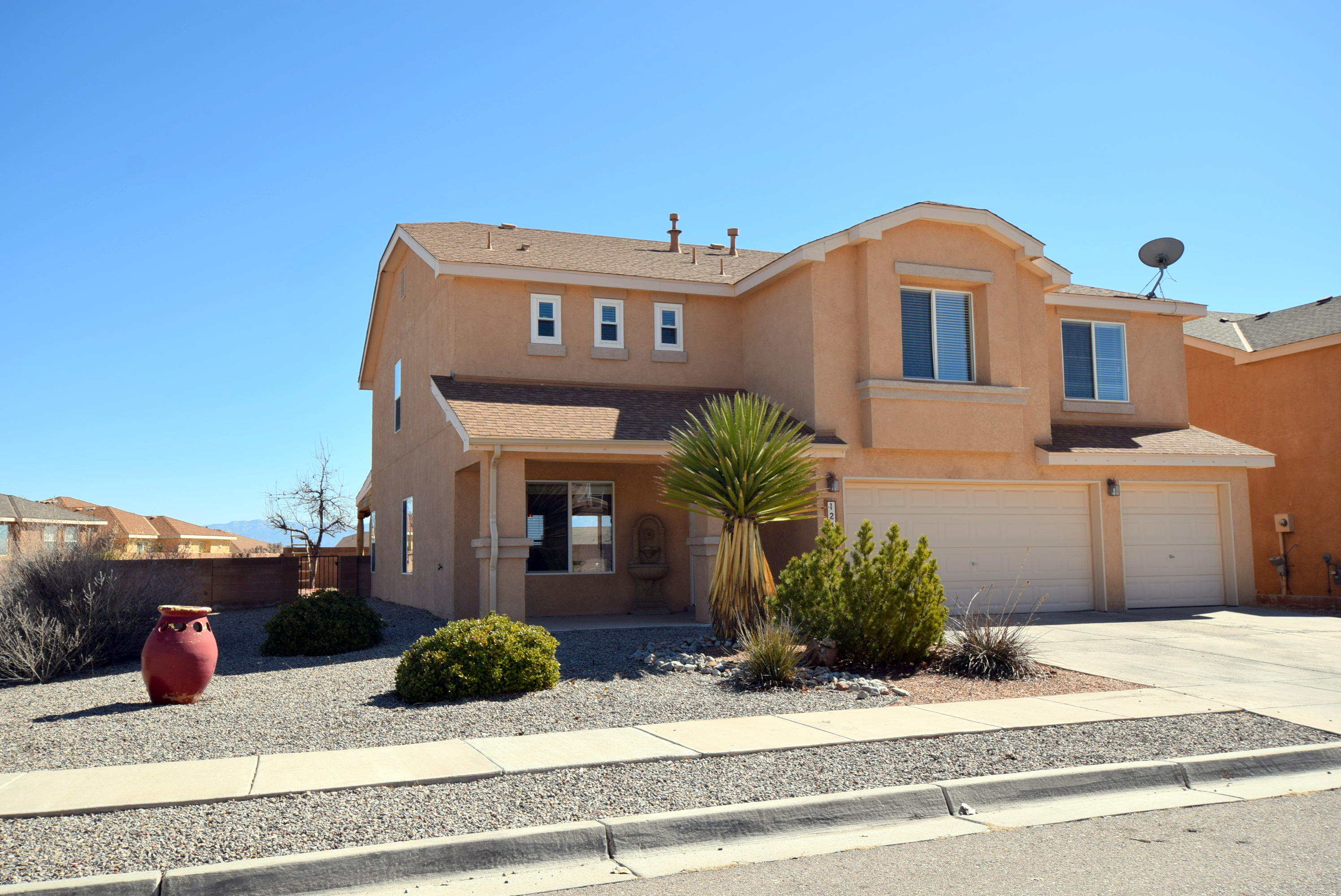 1241 CAPITAN Street NW Property Photo - Los Lunas, NM real estate listing