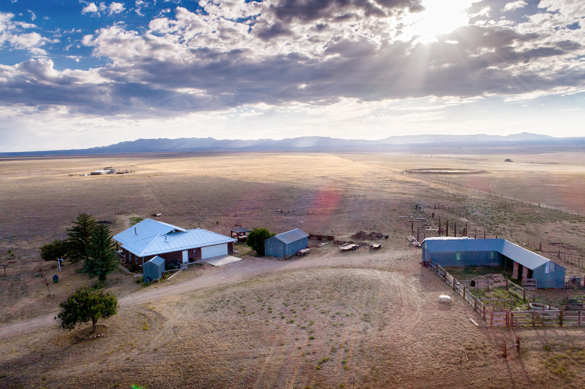 81 AKIN FARM Road Property Photo - Estancia, NM real estate listing