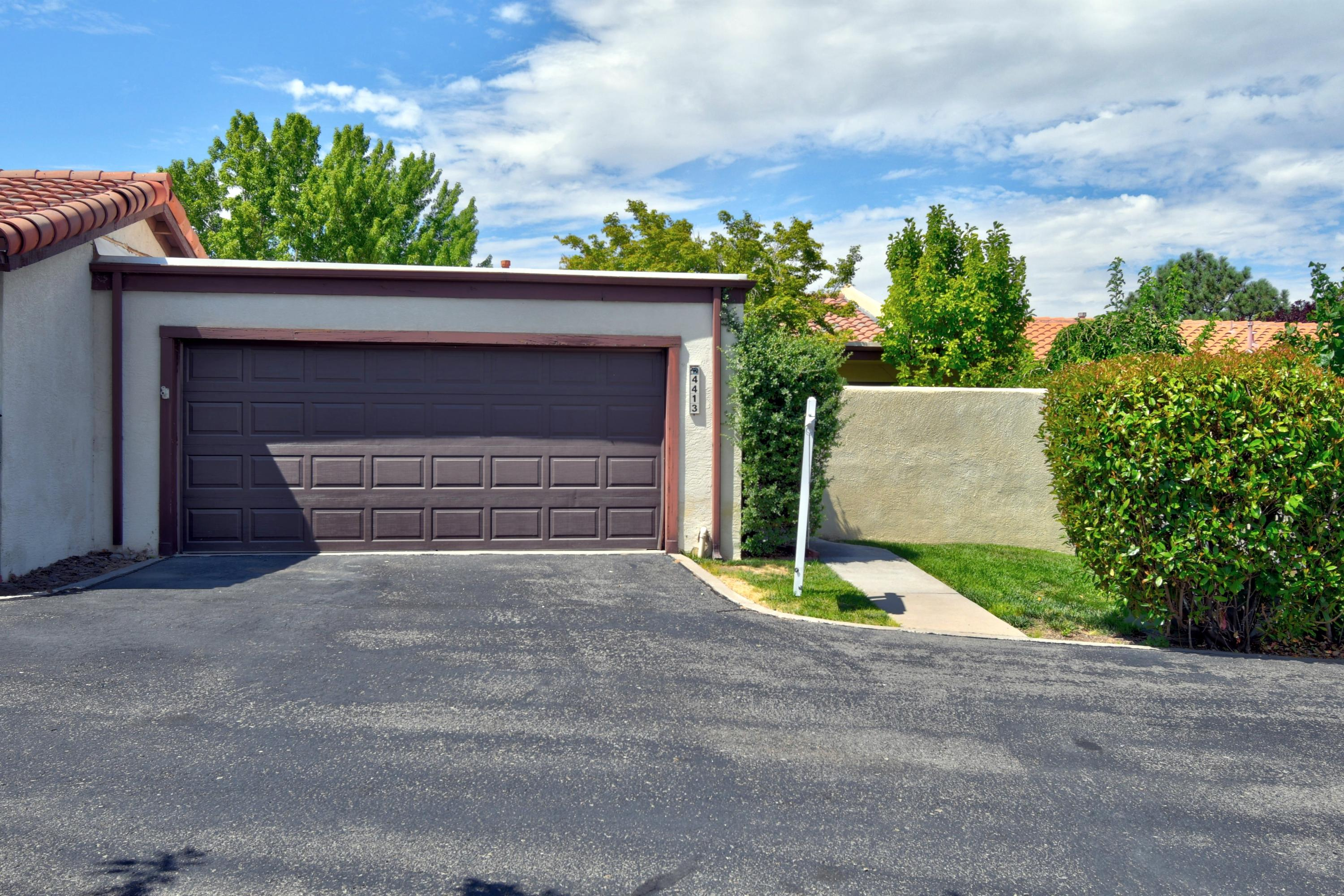 4413 KELLIA Lane NE Property Photo - Albuquerque, NM real estate listing