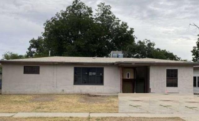 906 N PATE Street Property Photo - Carlsbad, NM real estate listing