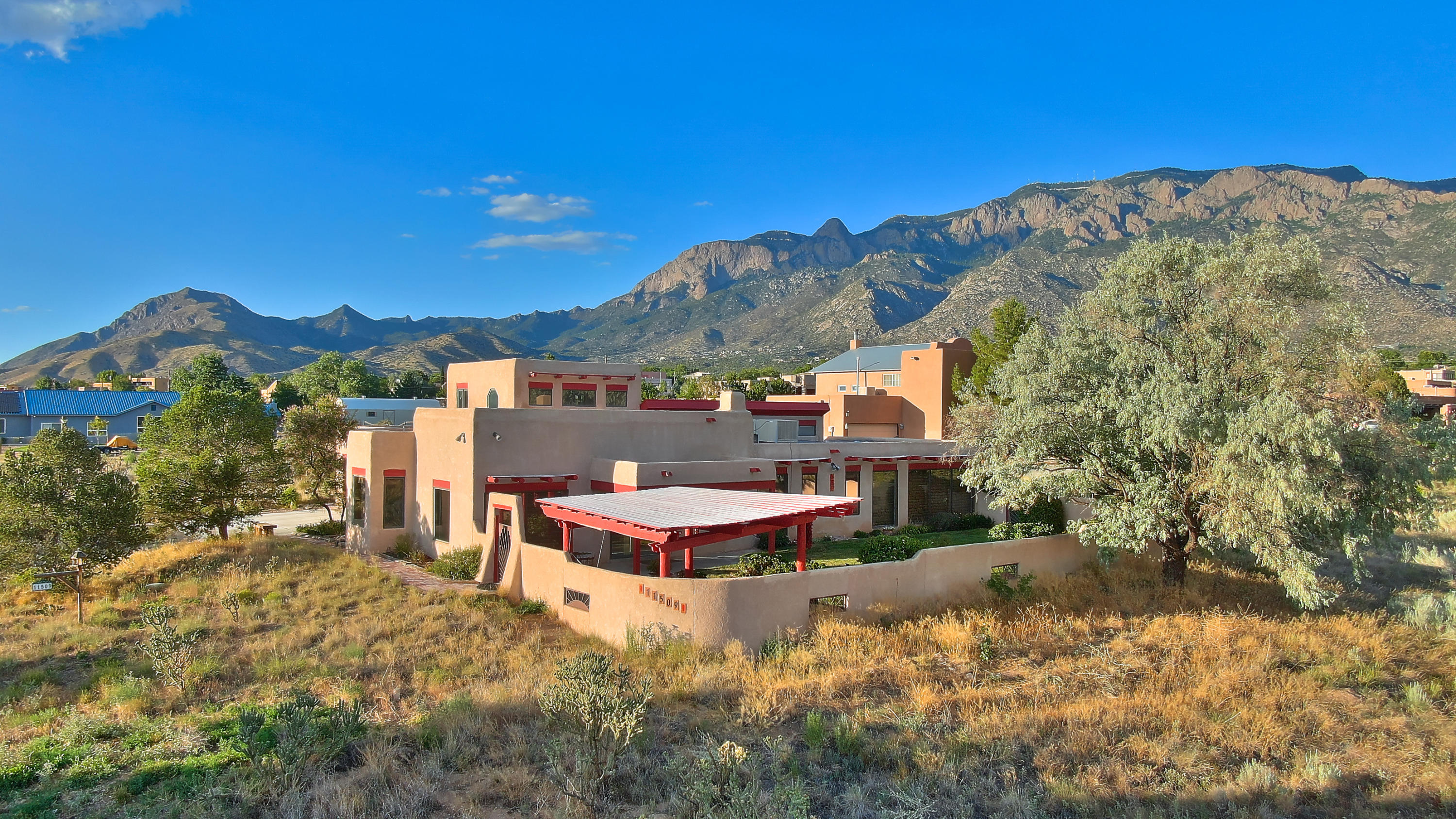 11509 WILSHIRE Avenue NE Property Photo - Albuquerque, NM real estate listing