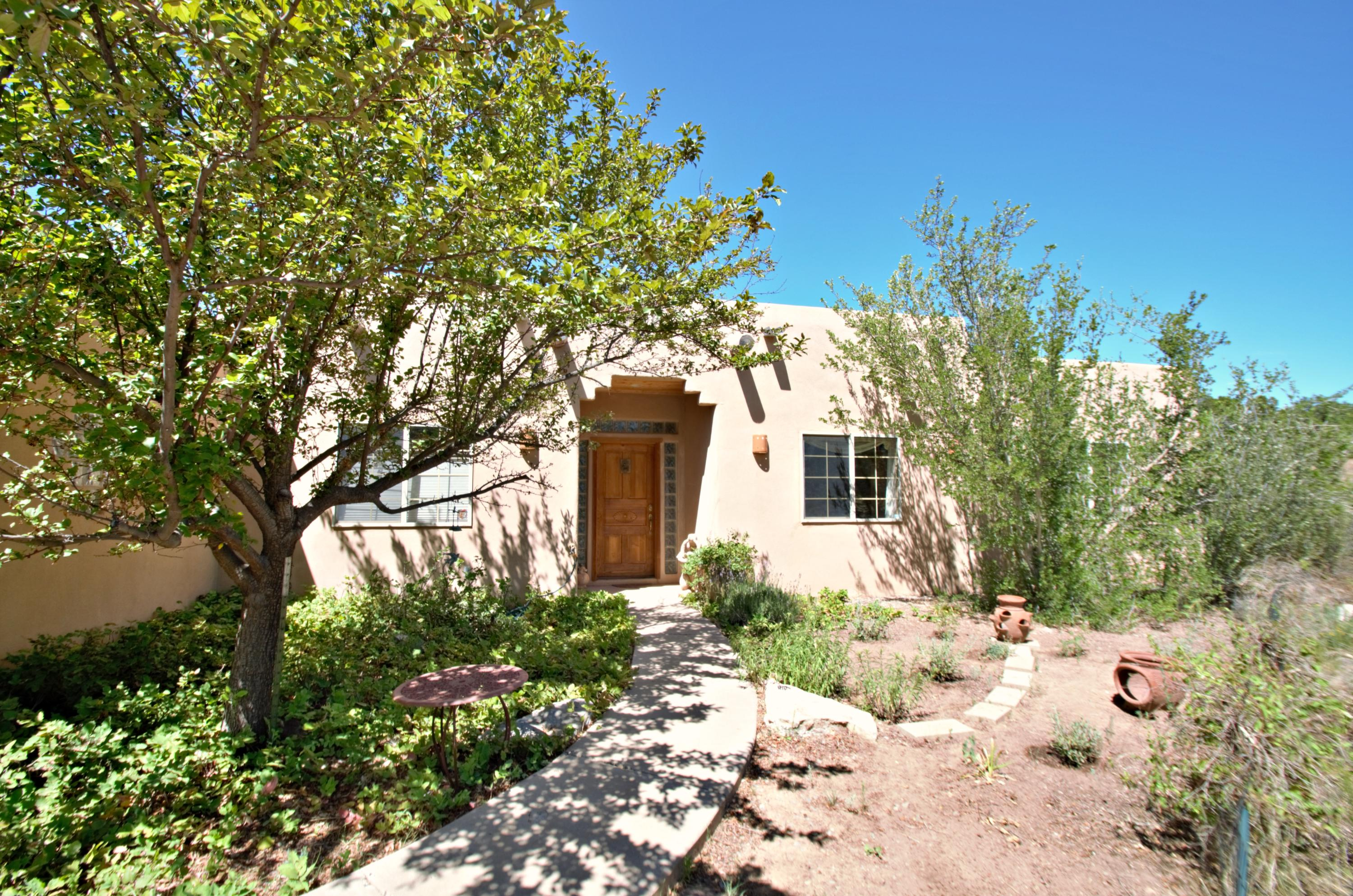 8 FULLERTON Road Property Photo - Edgewood, NM real estate listing