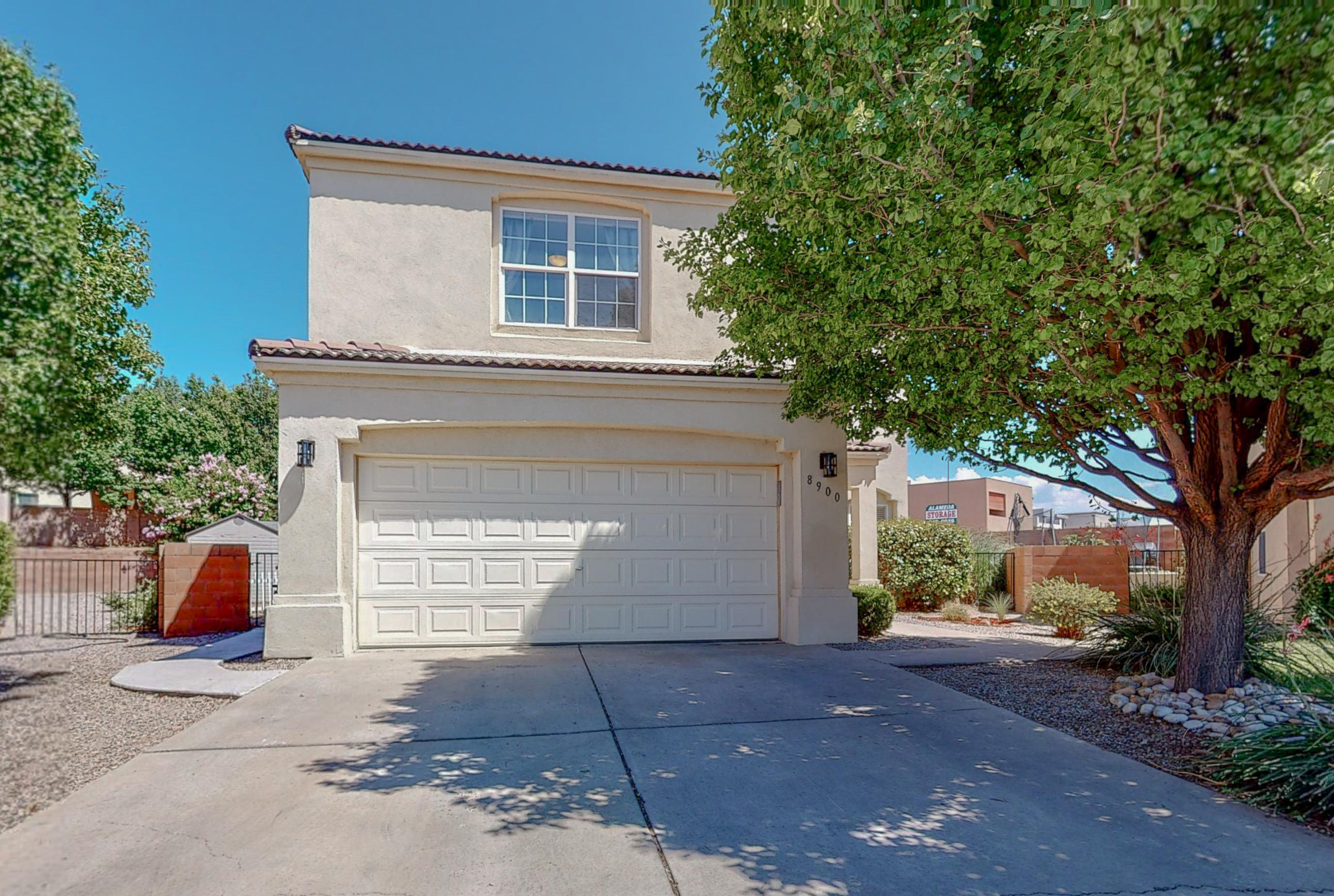 8900 LOCHNAGER Lane NE Property Photo - Albuquerque, NM real estate listing