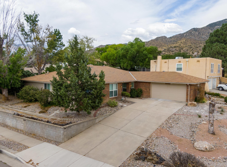 4100 EMBUDITO Drive NE Property Photo - Albuquerque, NM real estate listing
