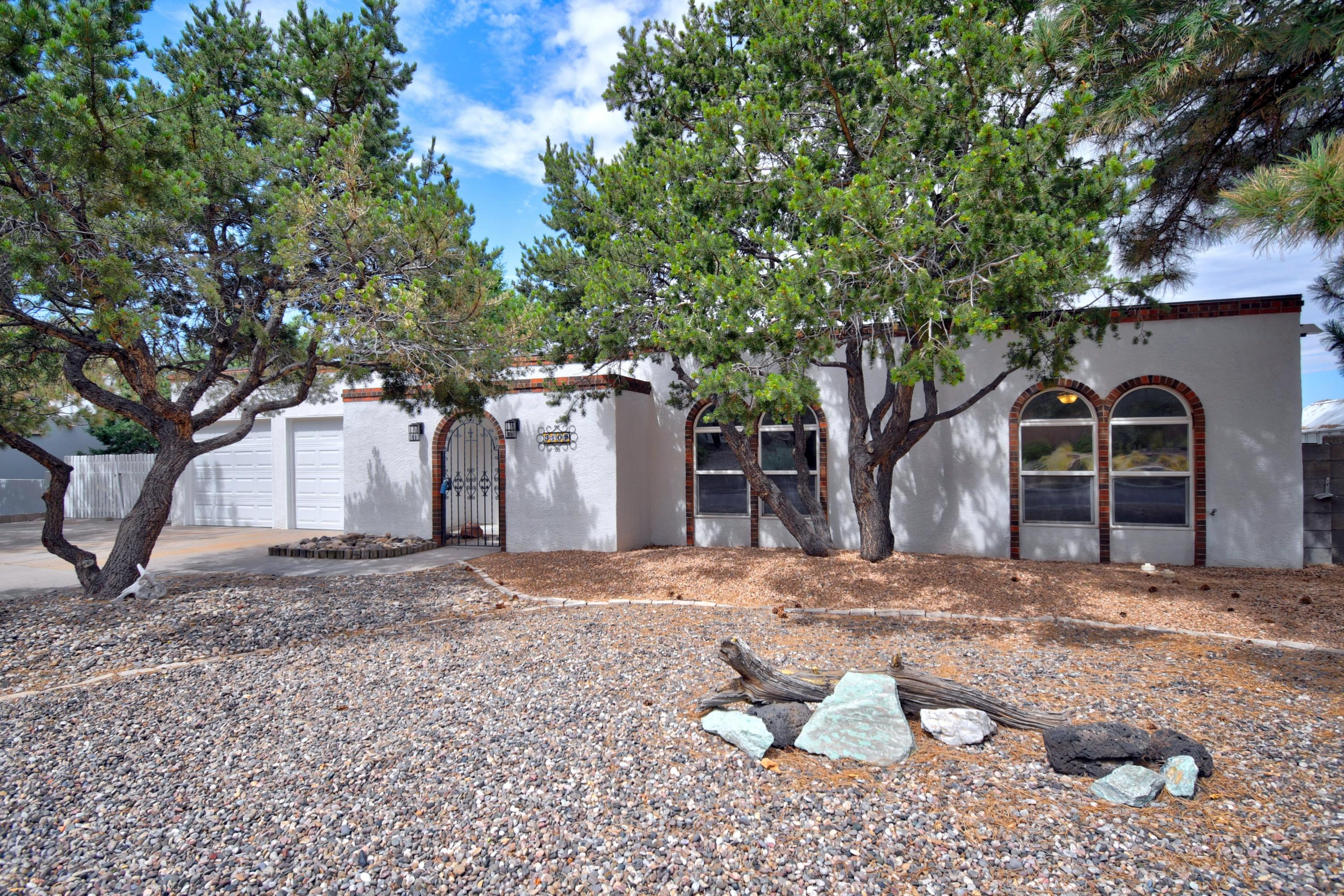 3109 CAMINO DE LA SIERRA NE Property Photo - Albuquerque, NM real estate listing