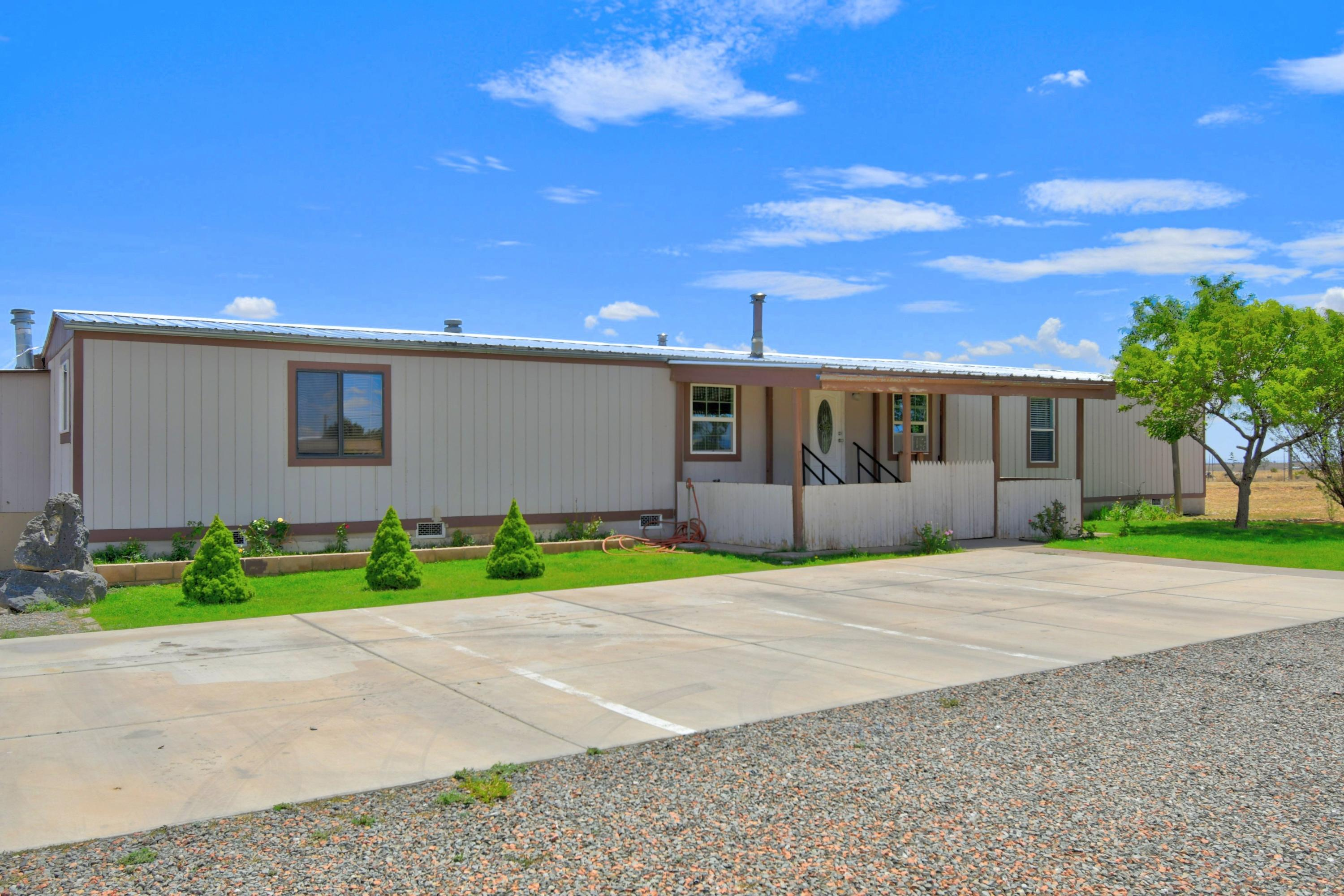 2 PAJARITO Drive Property Photo - Moriarty, NM real estate listing