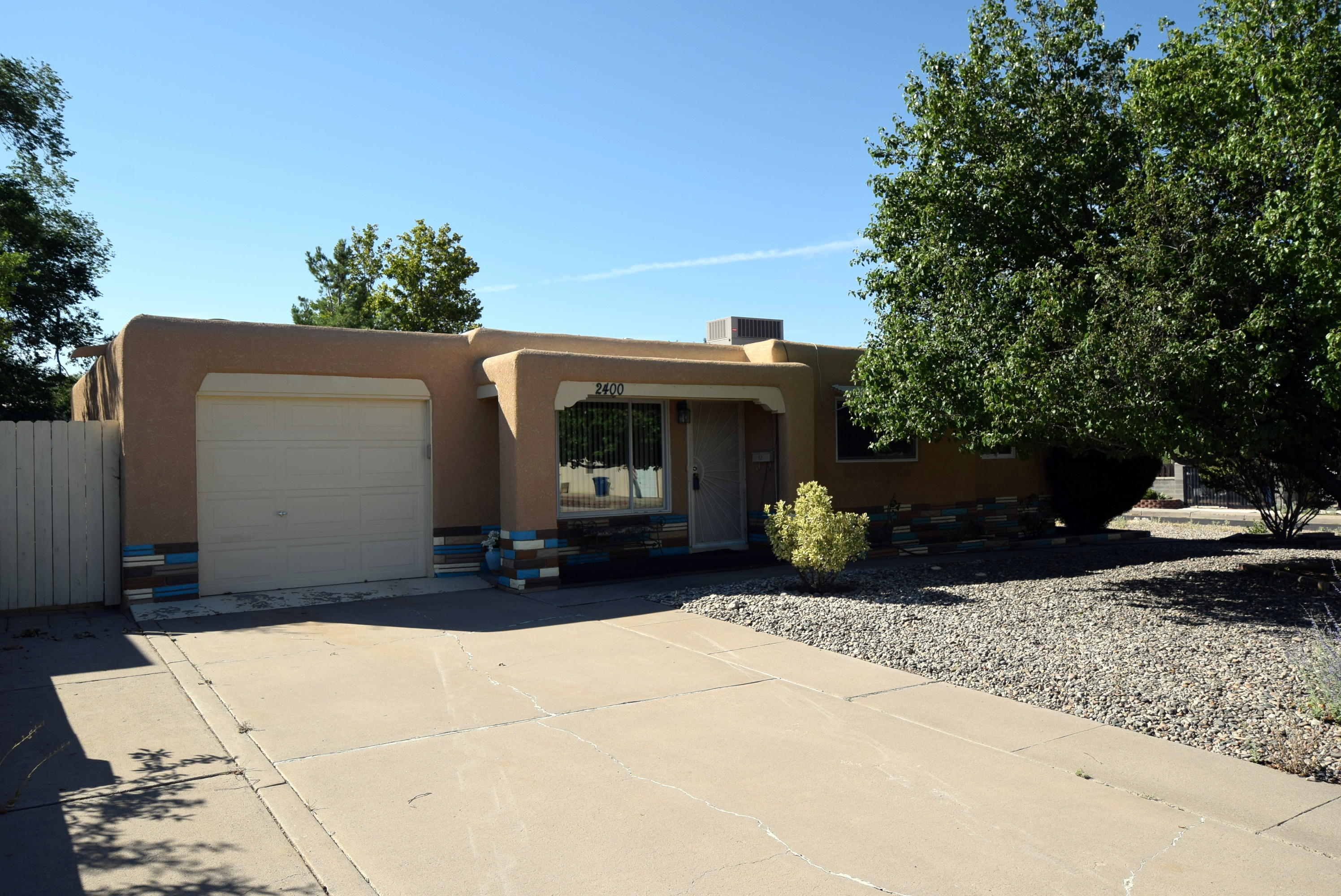 2400 ELIZABETH Street NE Property Photo - Albuquerque, NM real estate listing