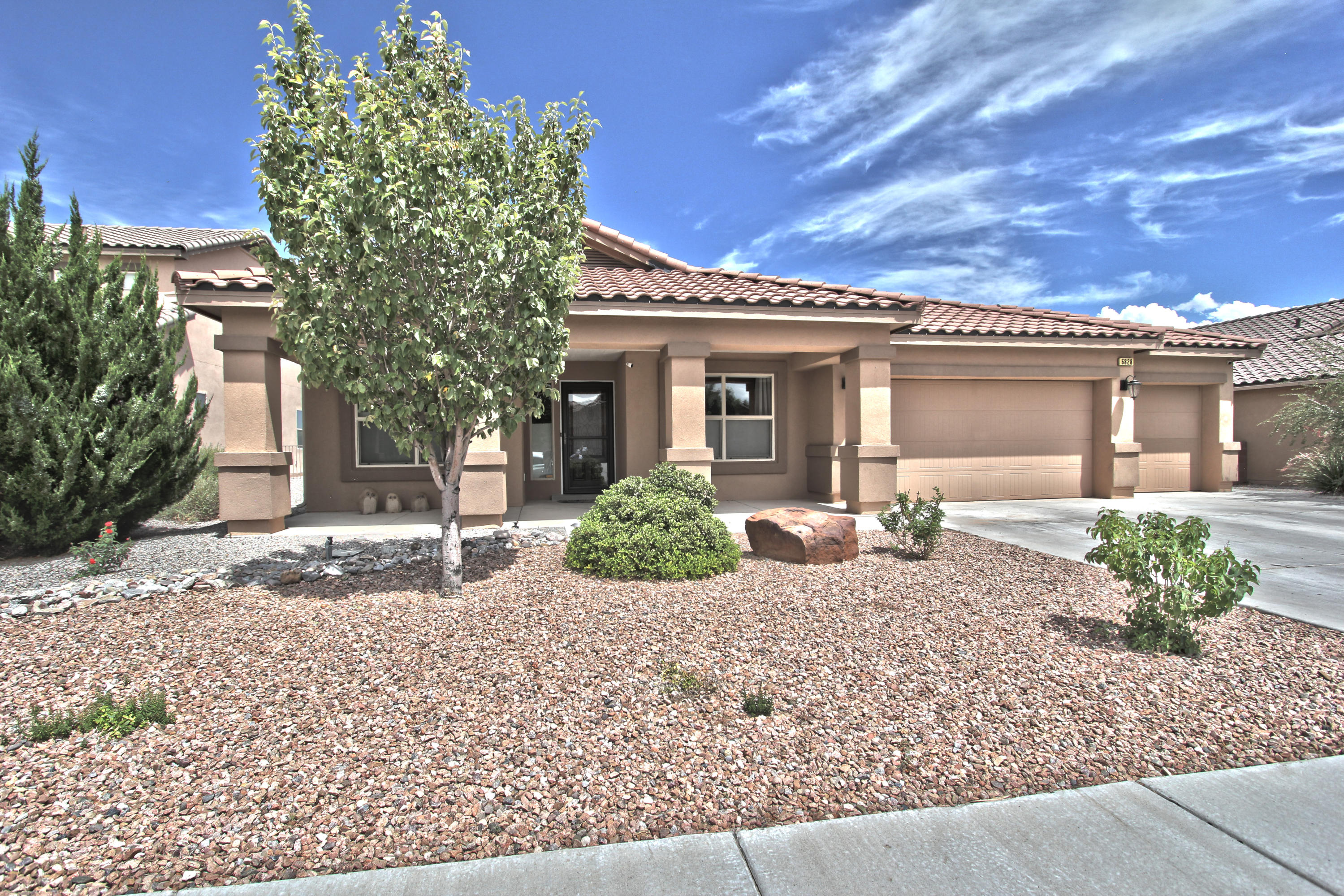 6828 METE SOL Drive NW Property Photo - Albuquerque, NM real estate listing