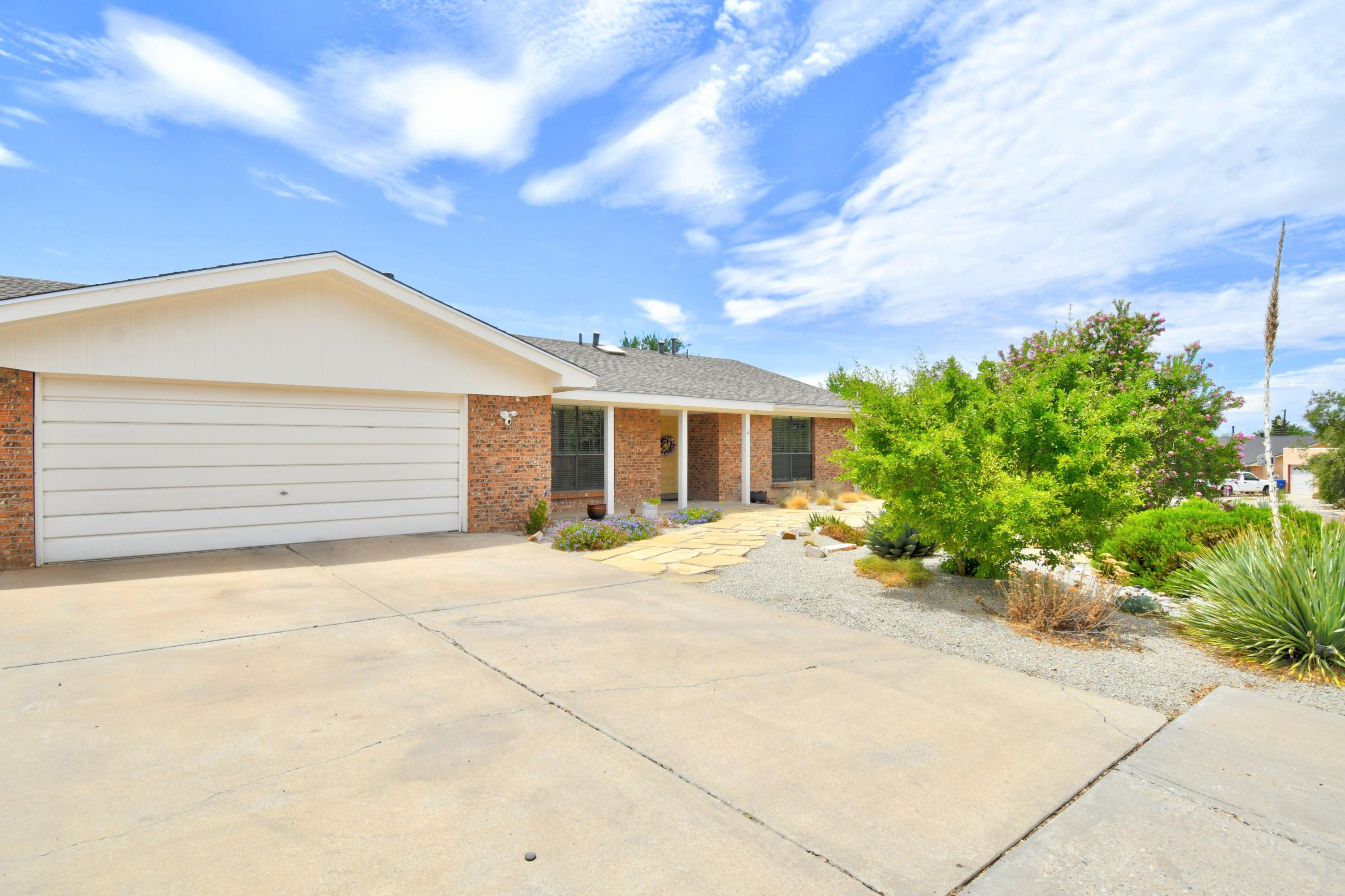 8622 HORACIO Place NE Property Photo - Albuquerque, NM real estate listing