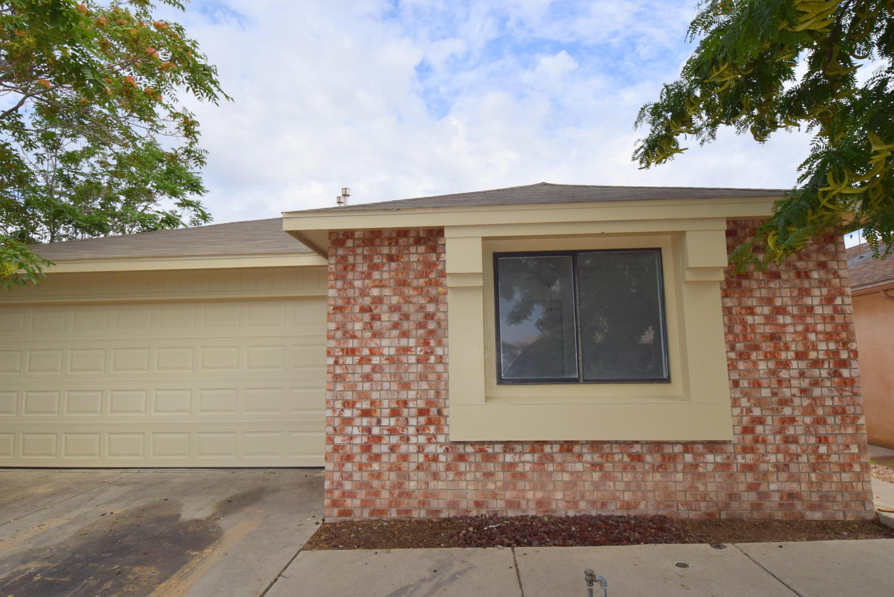 10319 ANDRETTI Avenue SW Property Photo - Albuquerque, NM real estate listing