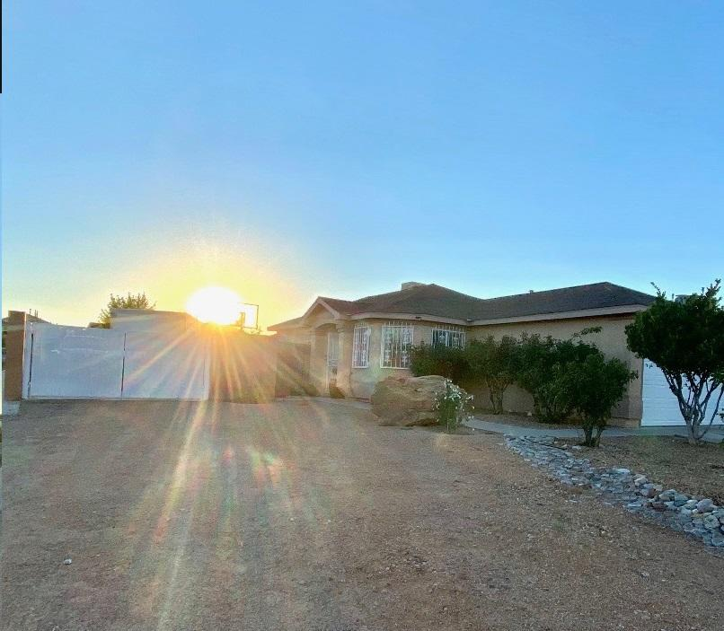 1419 DON REYNALDO Street SW Property Photo - Albuquerque, NM real estate listing