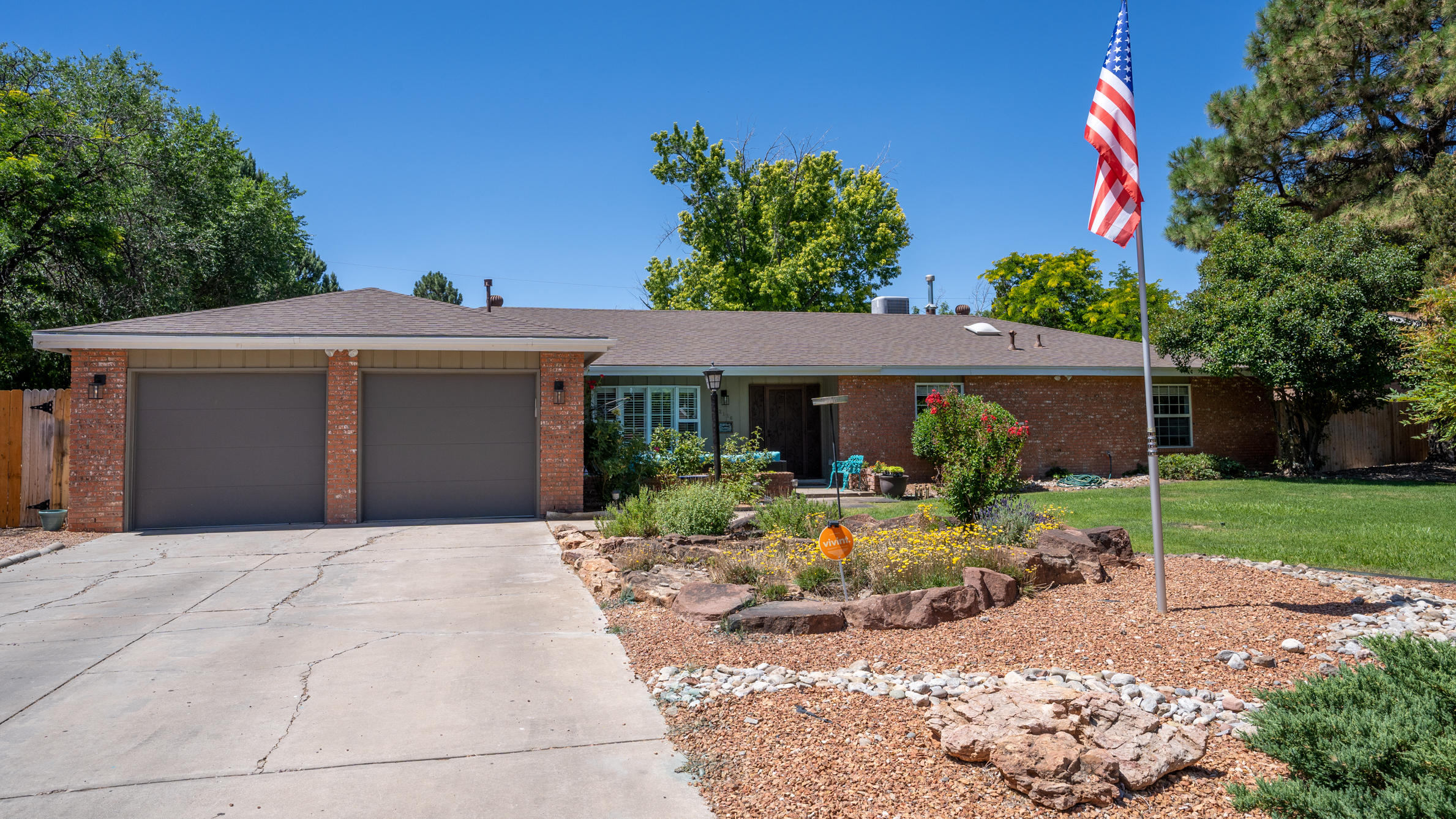 2116 DIETZ Place NW Property Photo - Albuquerque, NM real estate listing