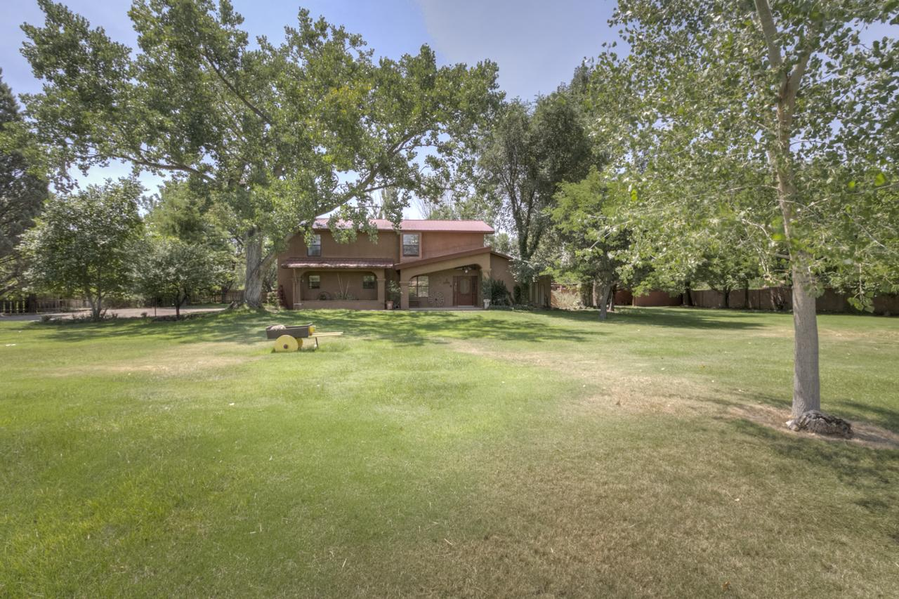 532 E ELLA Drive Property Photo - Corrales, NM real estate listing