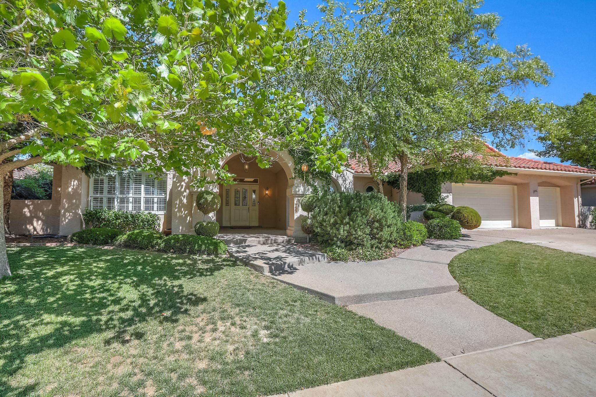 12420 Royal Oak Avenue NE Property Photo - Albuquerque, NM real estate listing