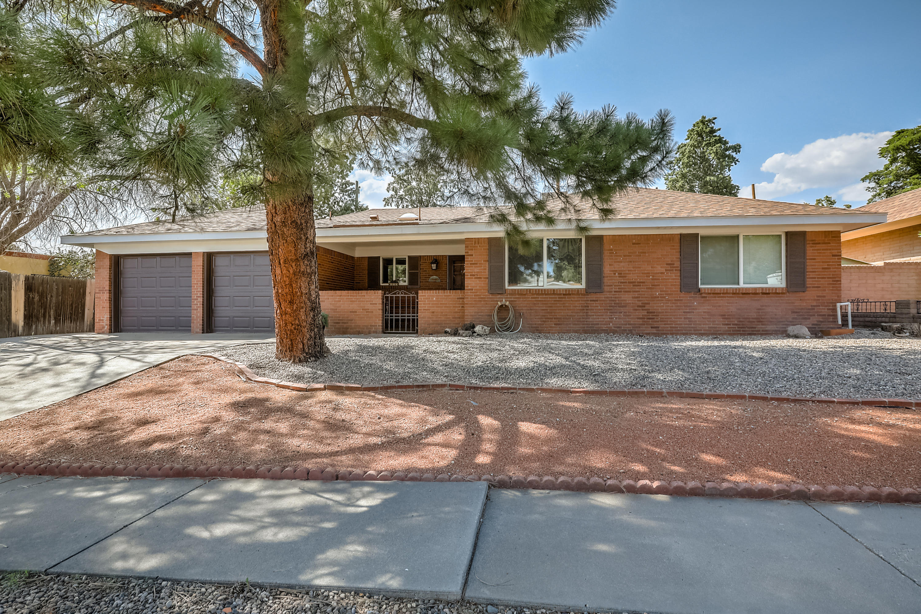 4005 INCA Street NE Property Photo - Albuquerque, NM real estate listing