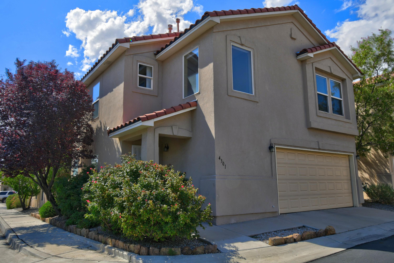 4301 ALTURA VISTA Lane NE Property Photo - Albuquerque, NM real estate listing