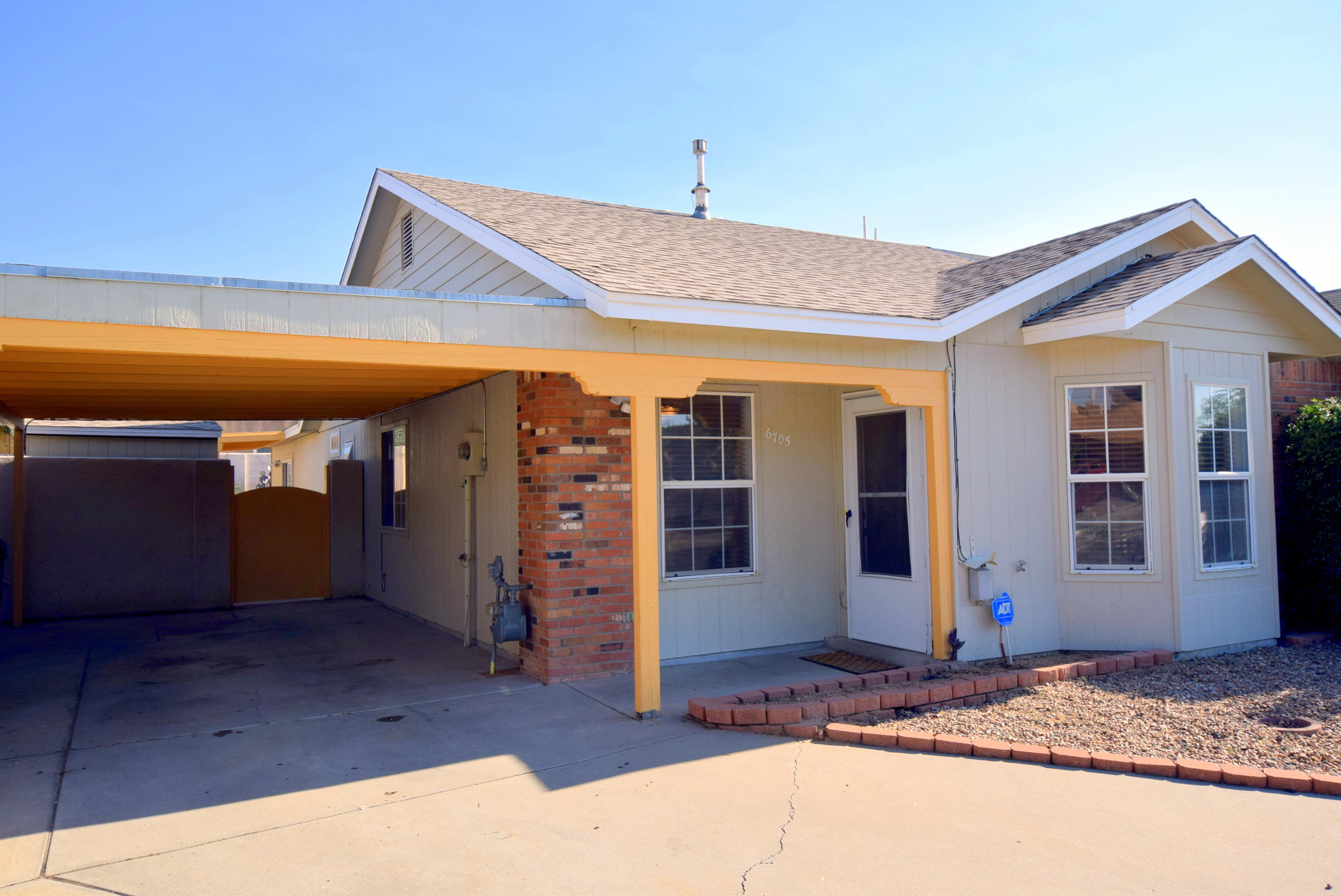6705 AZUELO Avenue NW Property Photo - Albuquerque, NM real estate listing