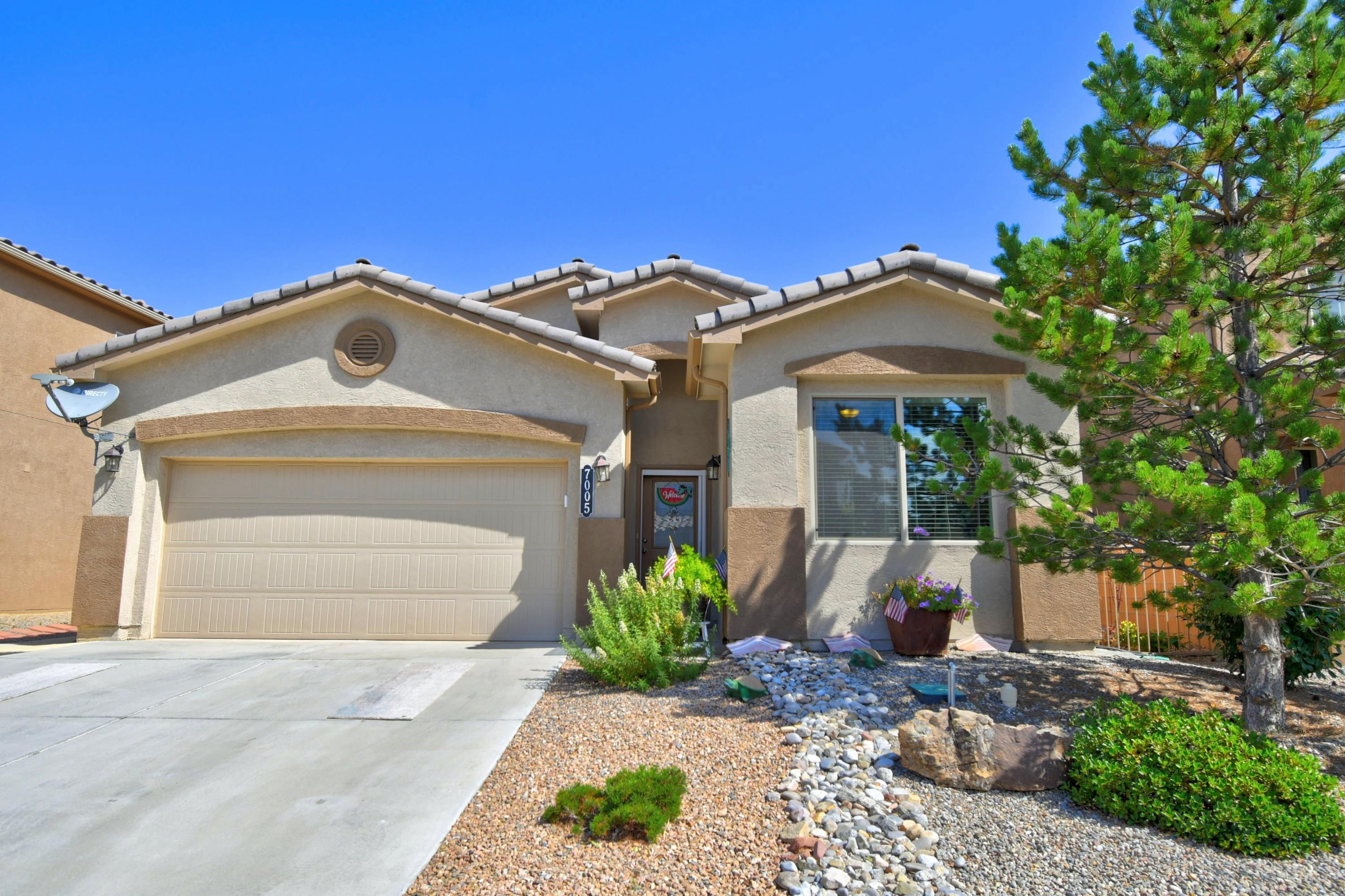7005 TOMBSTONE Road NW Property Photo - Albuquerque, NM real estate listing