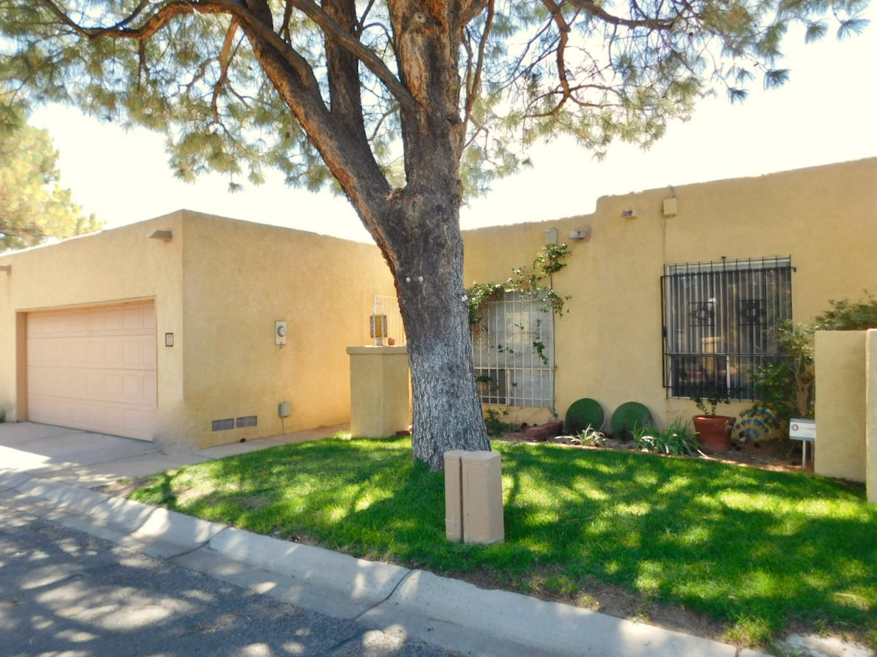 4725 SAN PEDRO Drive NE #17 Property Photo - Albuquerque, NM real estate listing