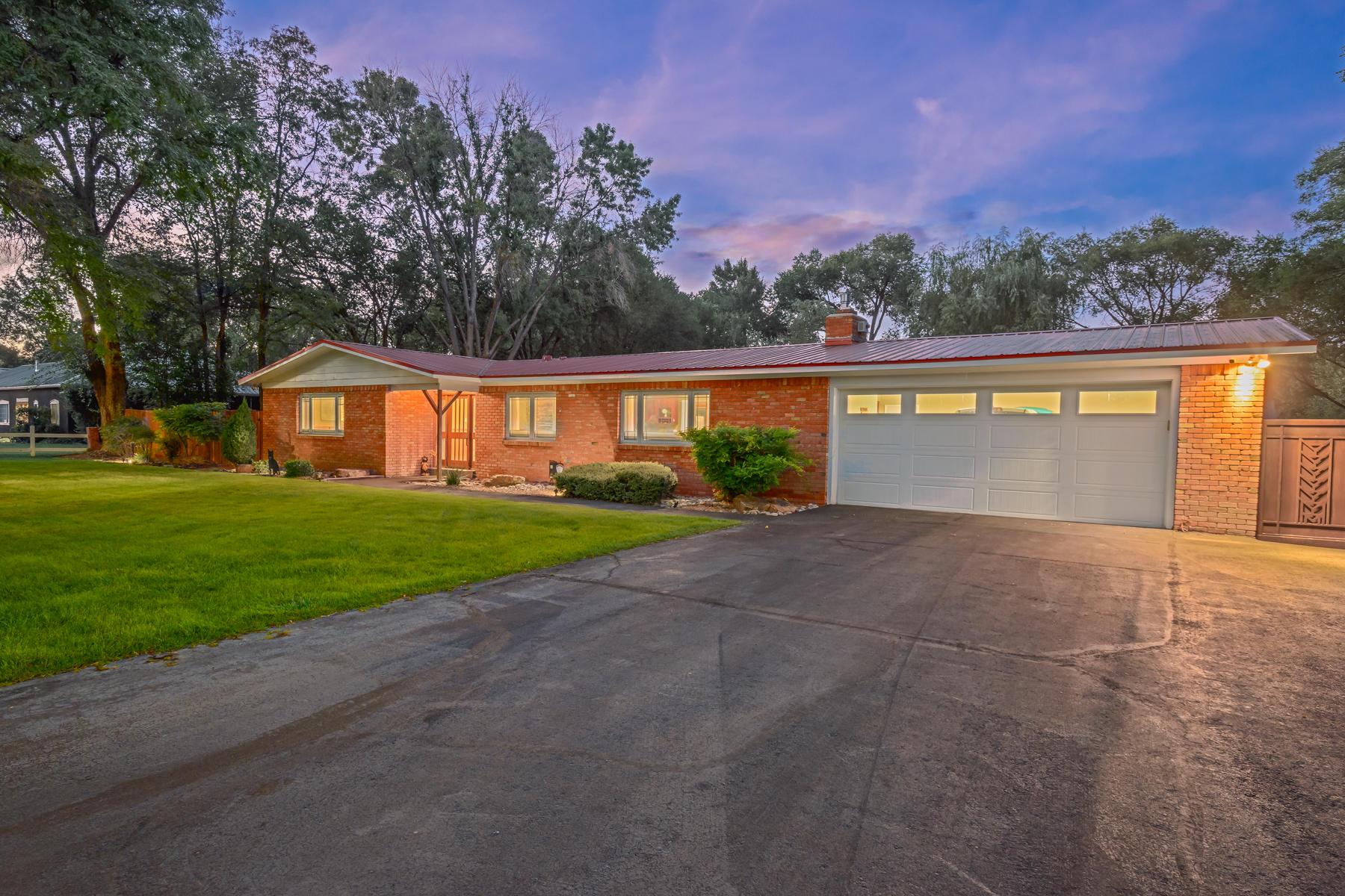 415 CAMINO DEL BOSQUE NW Property Photo - Albuquerque, NM real estate listing