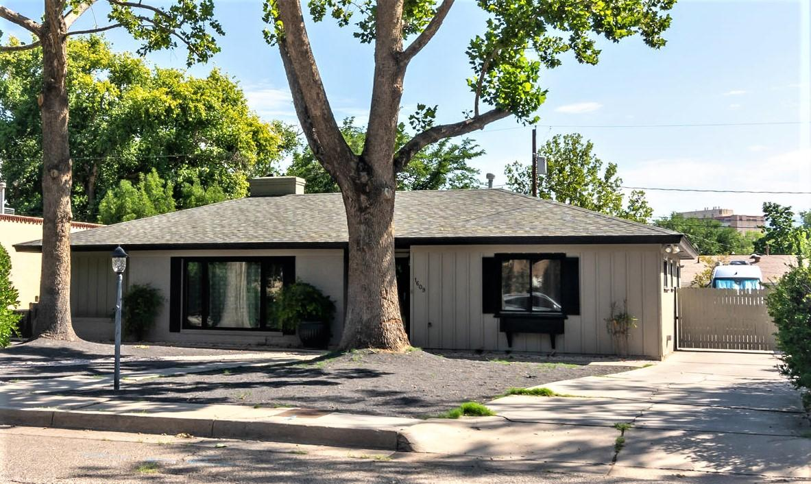 1609 ESCALANTE Avenue SW Property Photo - Albuquerque, NM real estate listing