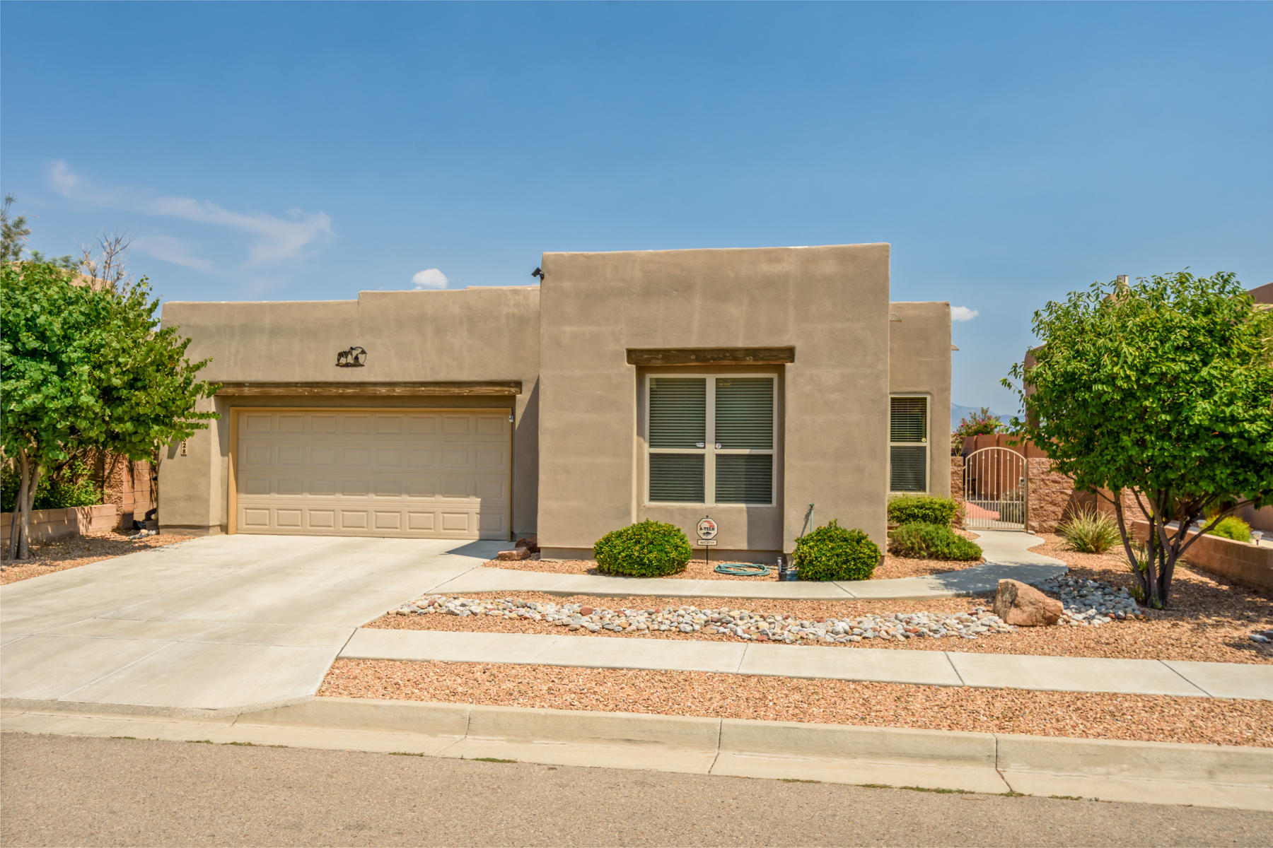 4628 MONTE FRIO Drive NW Property Photo - Albuquerque, NM real estate listing