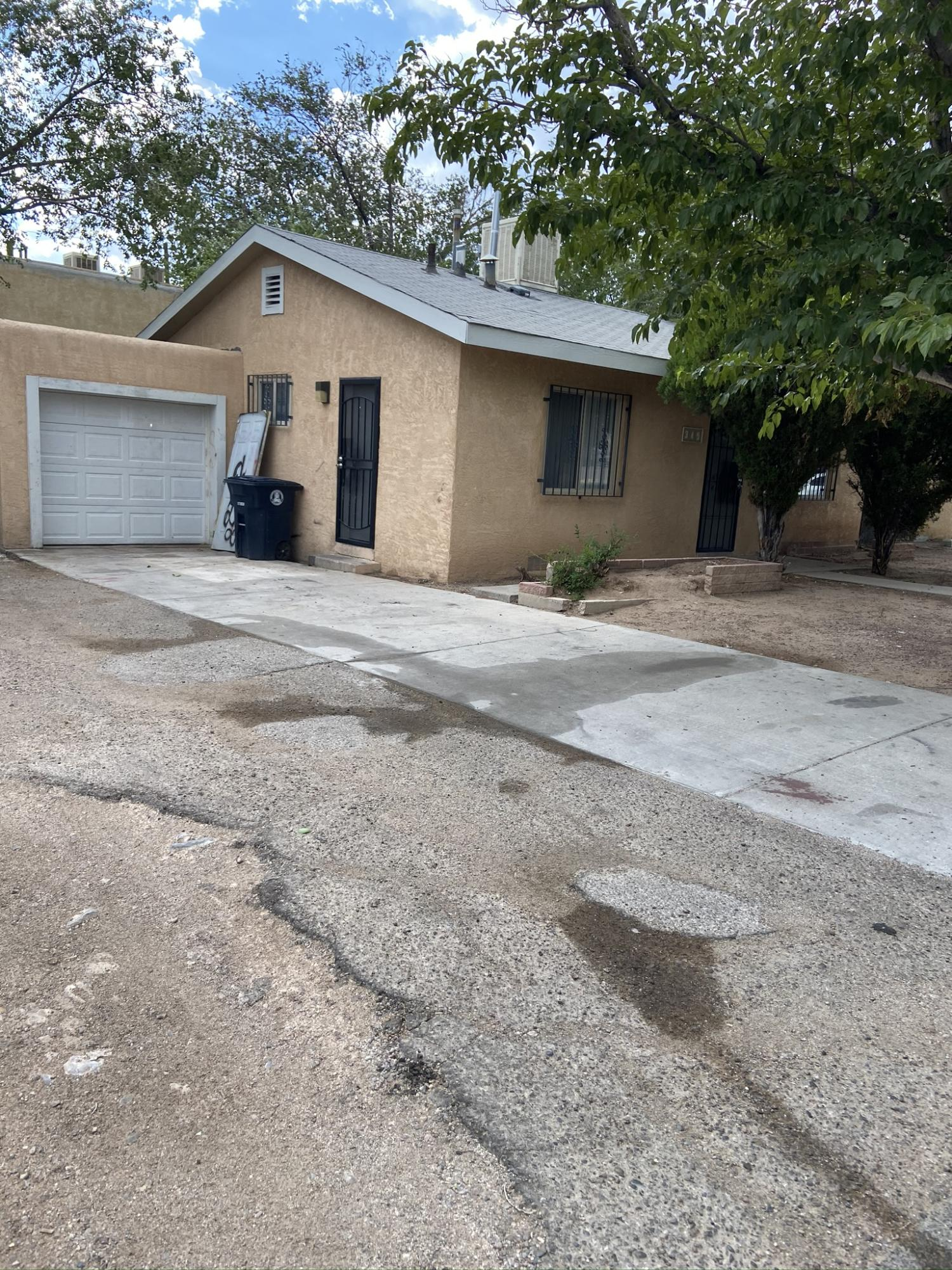 345 GROVE Street SE Property Photo - Albuquerque, NM real estate listing
