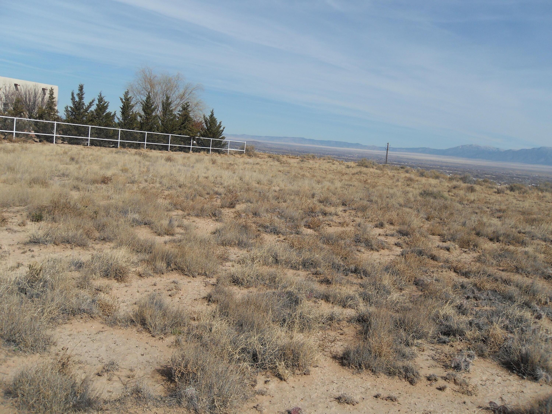 Encima De W Camino Del Llano B Property Photo