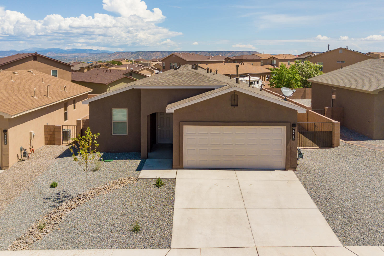509 TYRACK Lane SW Property Photo - Albuquerque, NM real estate listing