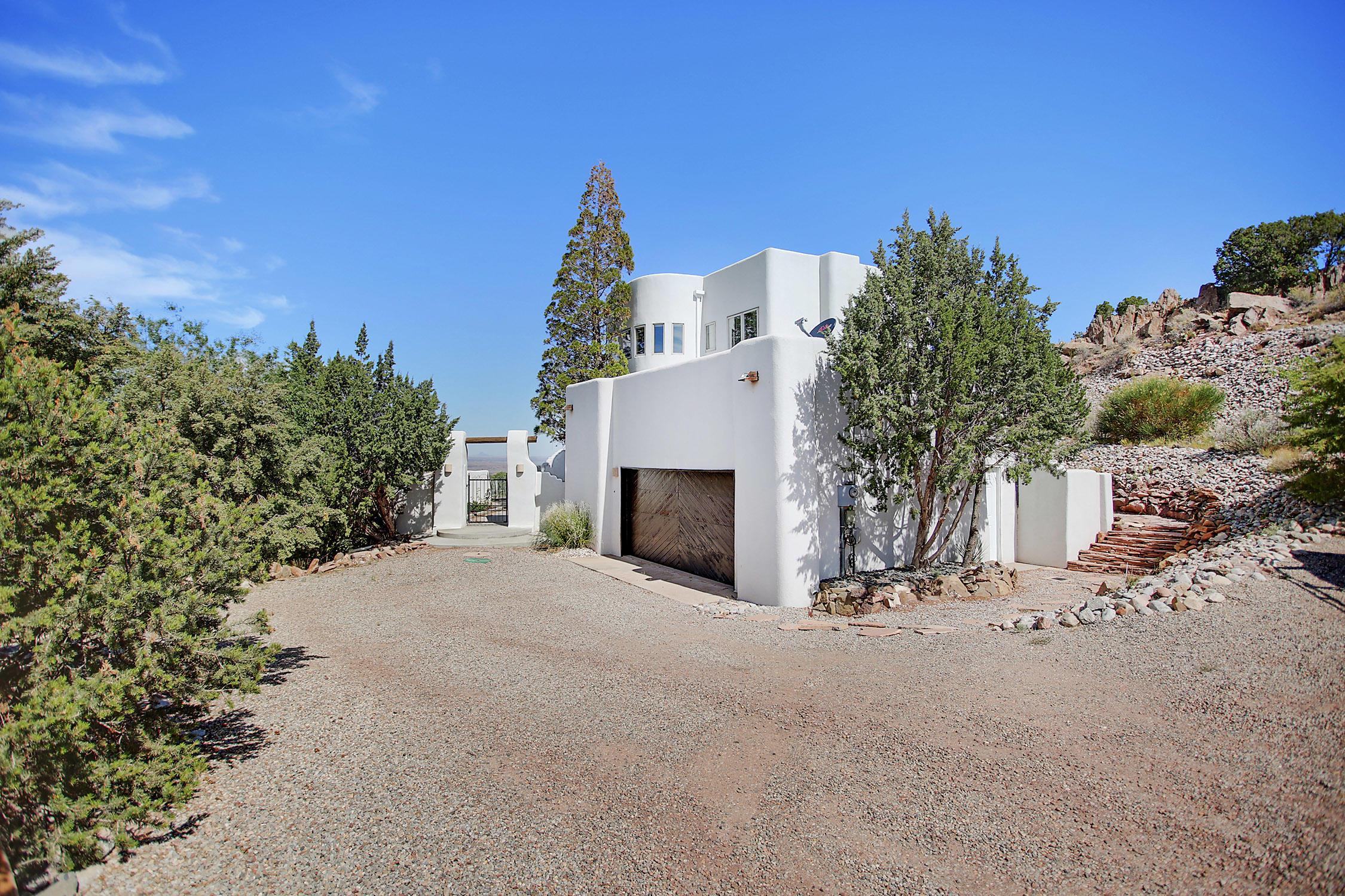 9 Sombra Del Monte Road Property Photo