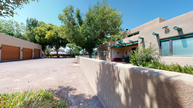 502 Lagunitas Road SW Property Photo - Albuquerque, NM real estate listing