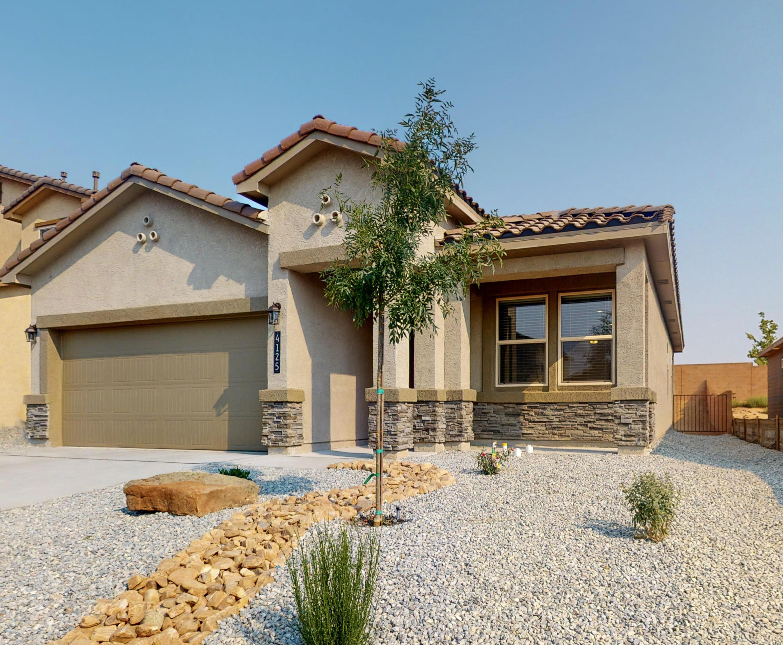 4125 Skyline Loop NE Property Photo - Rio Rancho, NM real estate listing