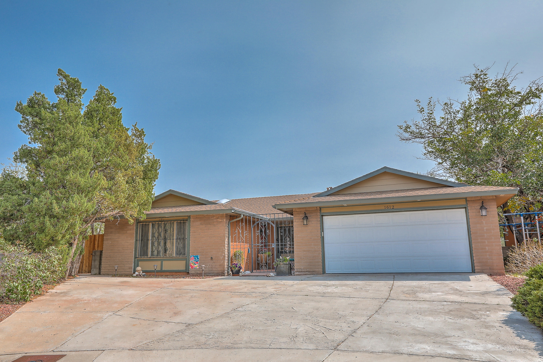 1612 ROBERT DALE Drive NE Property Photo - Albuquerque, NM real estate listing