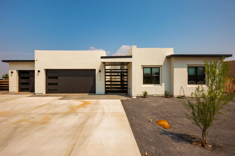 7920 VICTORIA Drive NW Property Photo - Albuquerque, NM real estate listing