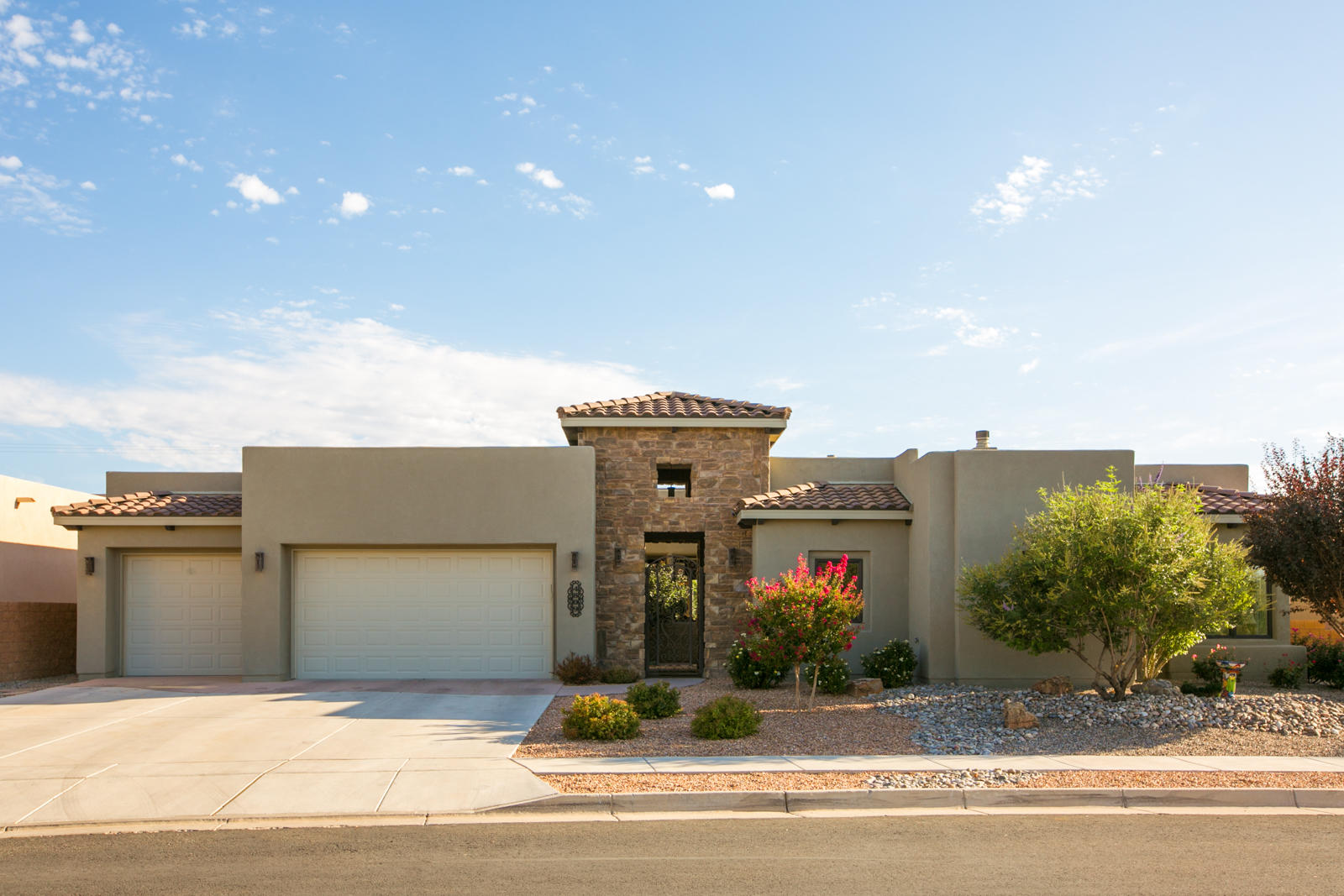 4809 VALLE RIO Trail NW Property Photo - Albuquerque, NM real estate listing