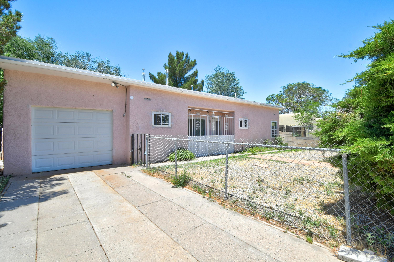 2741 Morningside Drive NE Property Photo - Albuquerque, NM real estate listing