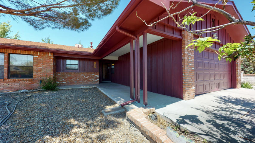 1607 Tommy Armour Court Property Photo - Rio Communities, NM real estate listing