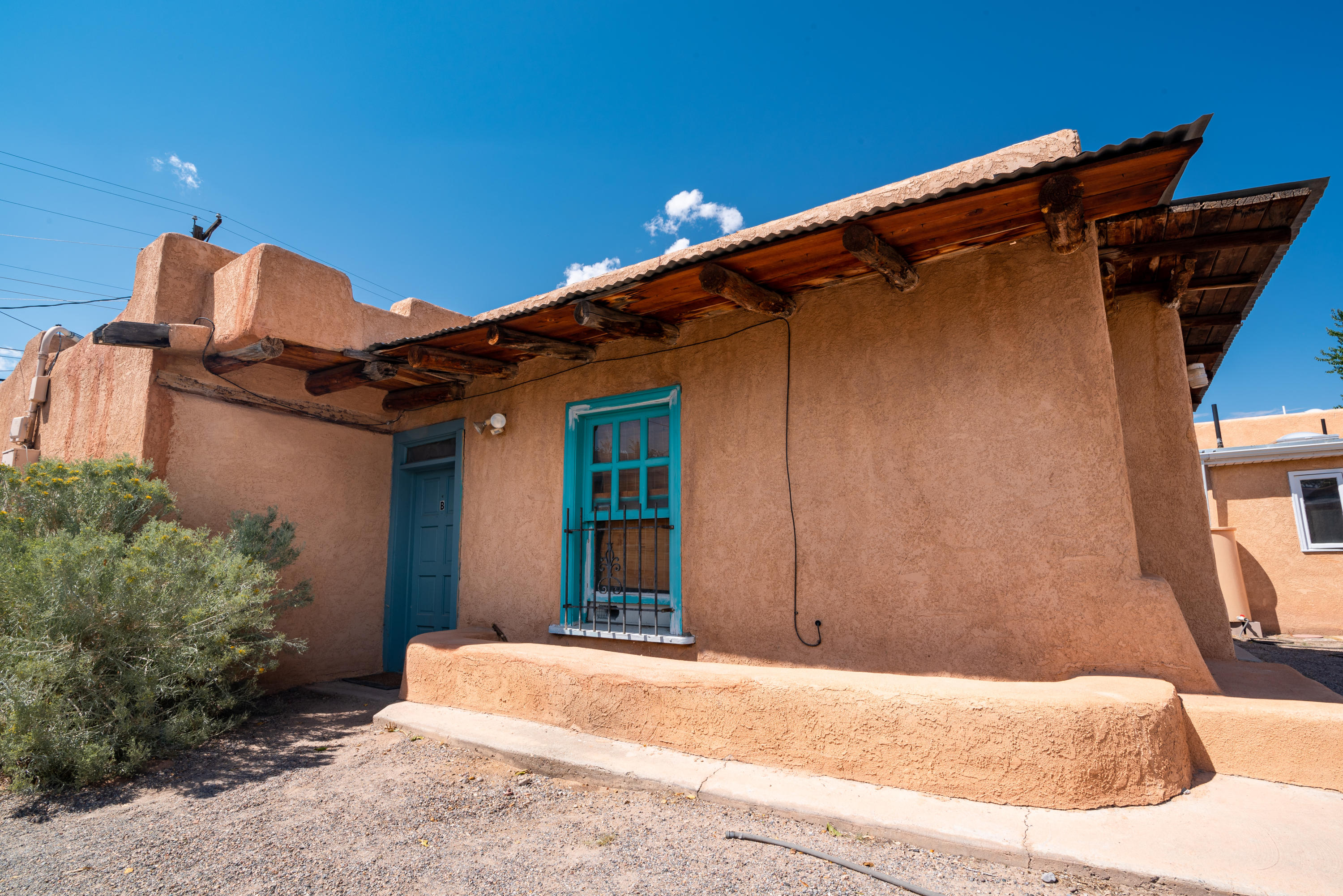 300 San Pasquale Avenue NW Property Photo - Albuquerque, NM real estate listing