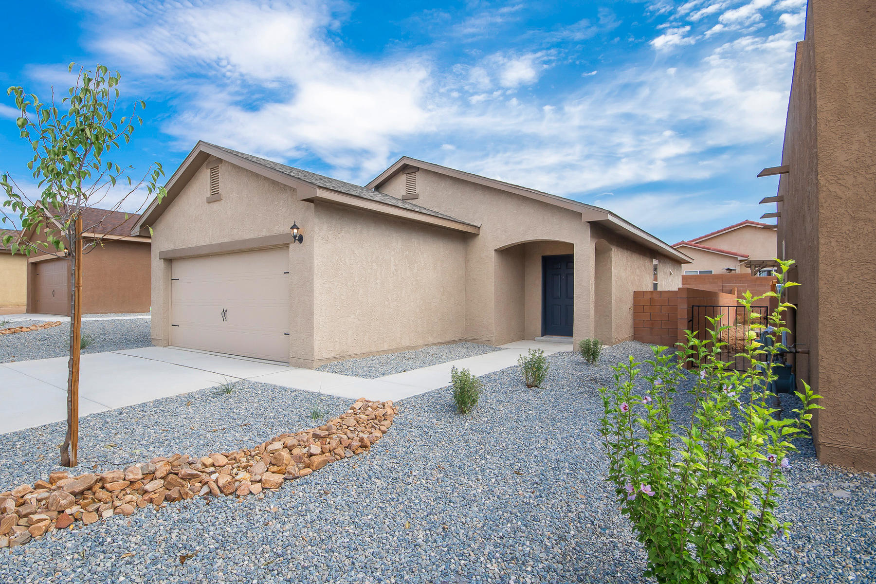 9808 Sacate Blanco Avenue SW Property Photo - Albuquerque, NM real estate listing