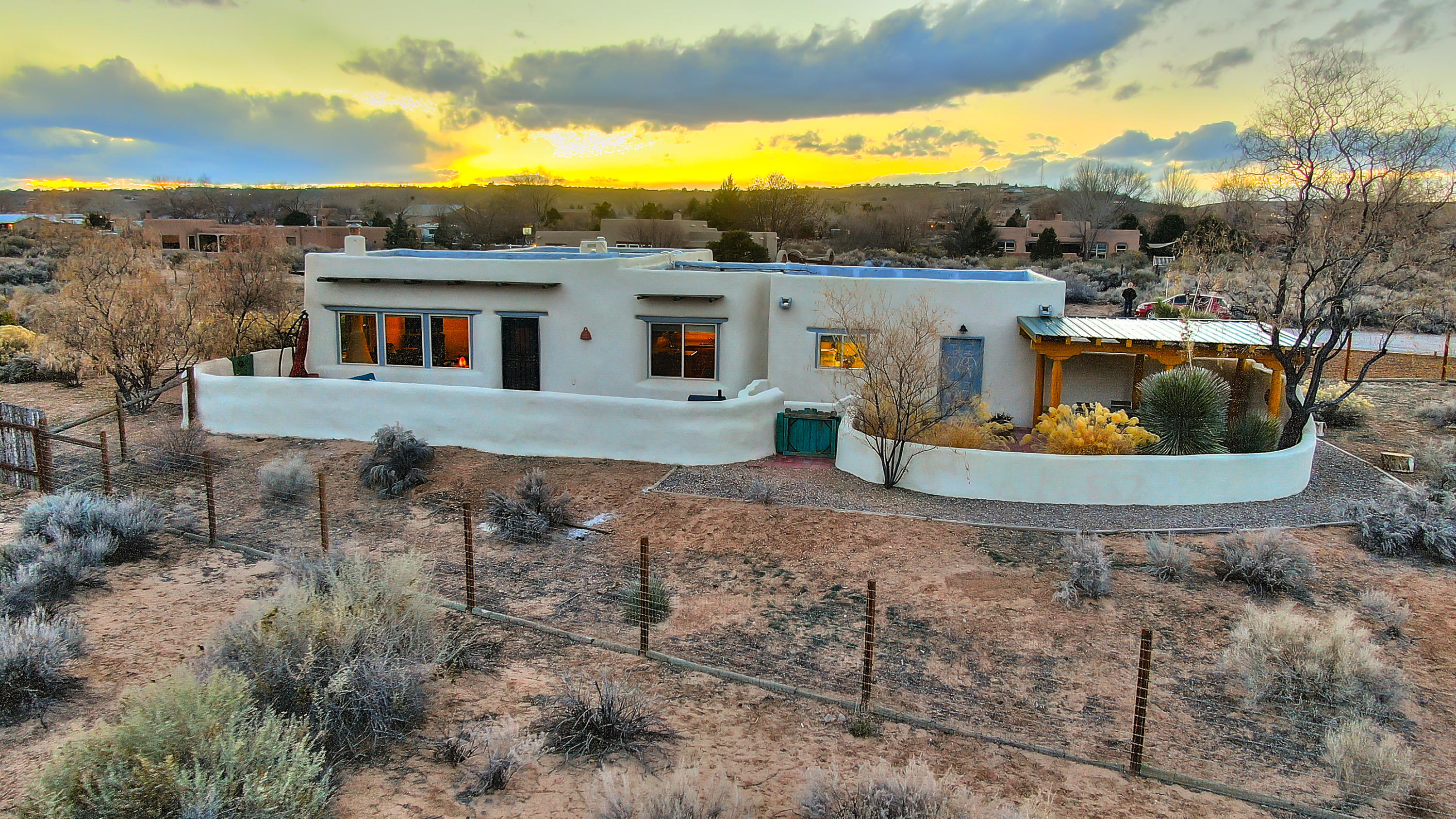 604 CAMINO DE LA TIERRA Property Photo - Corrales, NM real estate listing