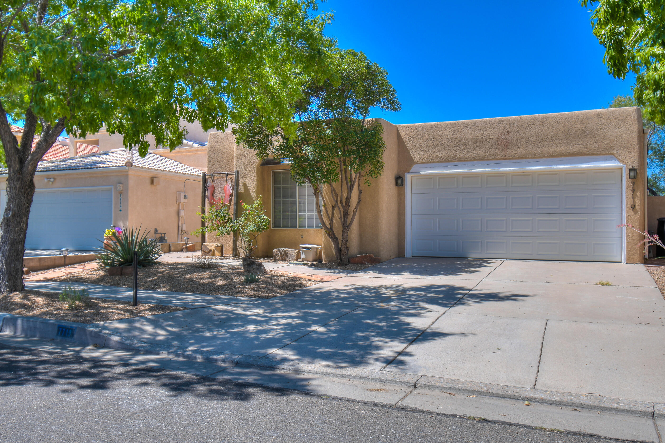 7719 Storrie Place NE Property Photo - Albuquerque, NM real estate listing